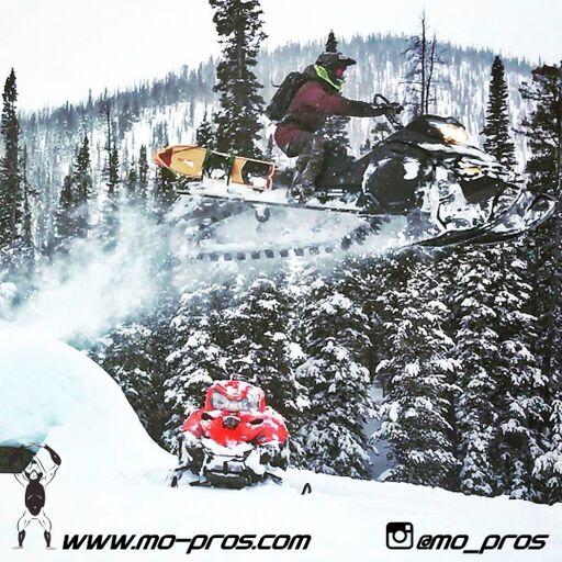 31_Backcountry _Backcountry United_CFR rack_Cheetah Factory Racing_gas Rack_Gear_Gun Rack_LinQ Snowboard/Ski_Rack_Ski_Snowbike_snowboard_Snowboard rack_Snowboarding_Snowmobile_snowmobile bag_timbersl