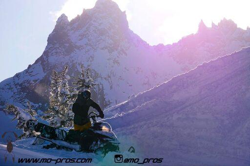 36_gas Rack_Gear_Gun Rack_LinQ Snowboard/Ski_Ski_Snowbike_Timbersled Rack_Tsaina Rack_CFR rack_Cheetah Factory Racing_Snowboard rack_snowboard_Snowboarding_snowmobile bag_Snowmobile_timbersled bag_Ti