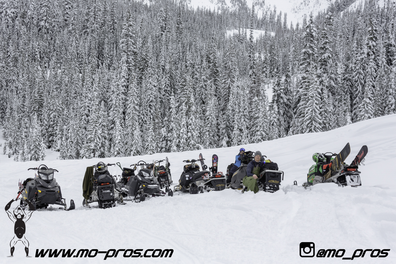 58_CFR rack_Cheetah Factory Racing_Snowboard rack_snowboard_snowmobile bag_Snowmobile_timbersled bag_gas Rack_Gear_Gun Rack_LinQ Snowboard Ski_Ski_Snowbike_Timbersled Rack_Tsaina Rack_Snowboarding_Ti.jpg