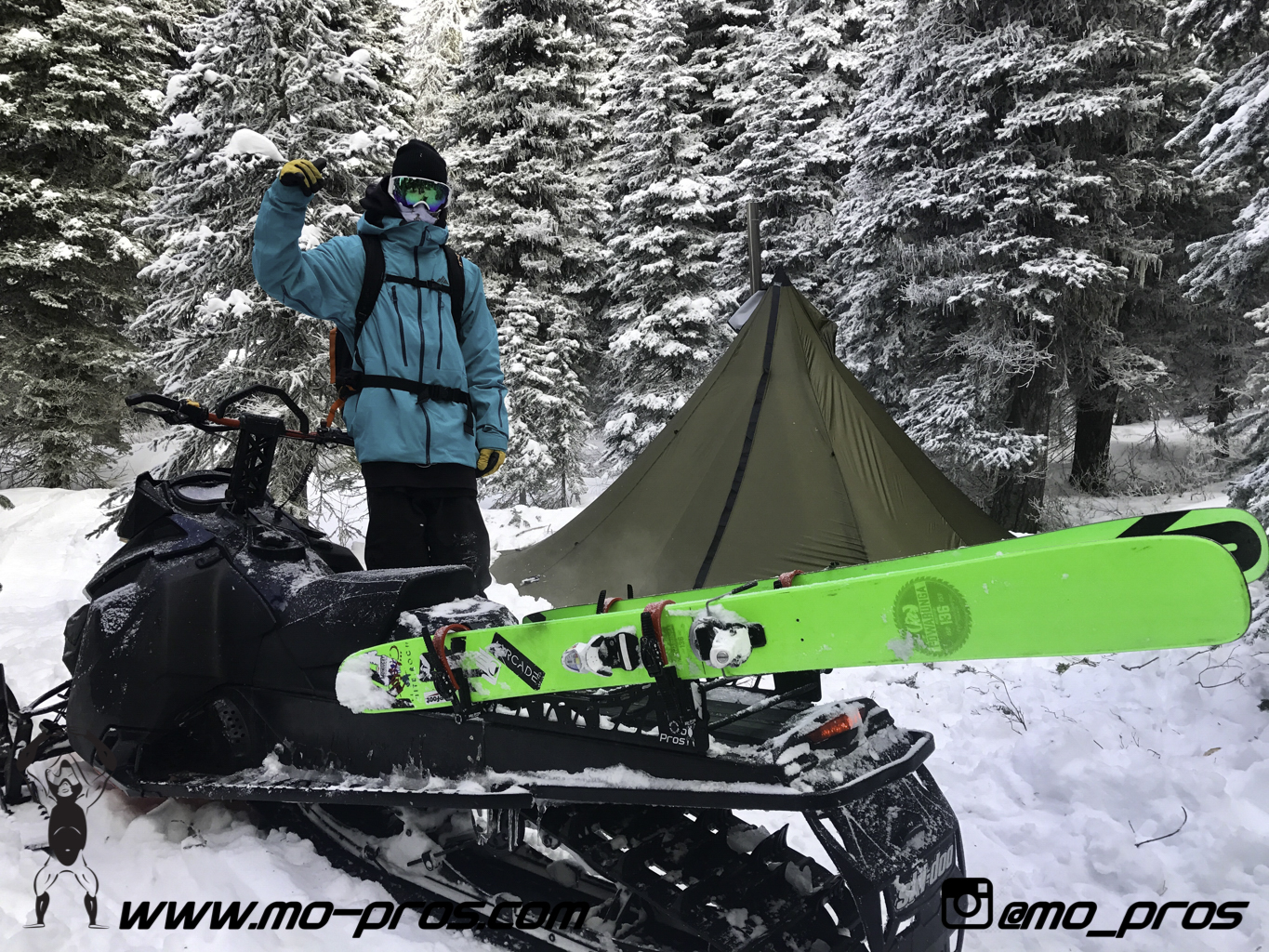 80_Gear_Gun Rack_LinQ Snowboard Ski_Snowbike_Timbersled Rack_Tsaina Rack_CFR rack_Cheetah Factory Racing_Snowboard rack_snowboard_snowmobile bag_Snowmobile_timbersled bag_gas Rack_Ski_Snowbike_Snowbo.jpg