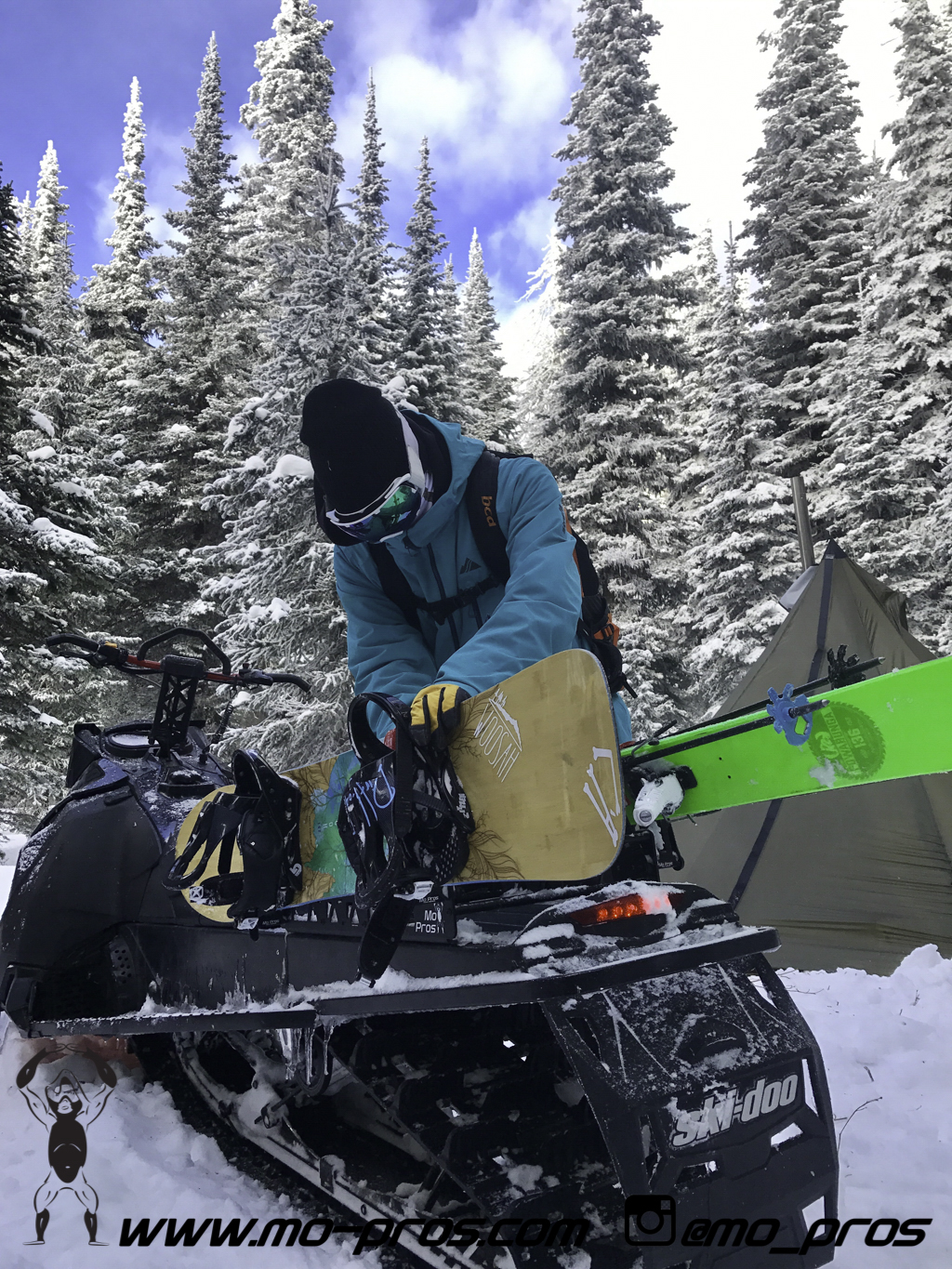 81_Backcountry _Backcountry United_CFR rack_Cheetah Factory Racing_gas Rack_Gear_Gun Rack_LinQ Snowboard Ski_Rack_Ski_Snowbike_snowboard_Snowboard rack_Snowboarding_Snowmobile_snowmobile bag_timbersl.jpg