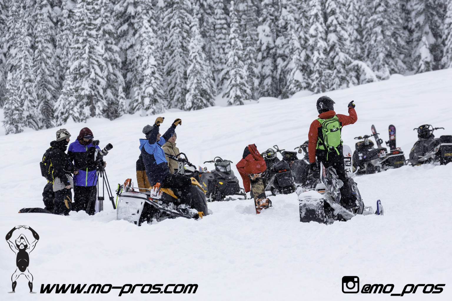 60_Gear_Gun Rack_LinQ Snowboard Ski_Snowbike_Timbersled Rack_Tsaina Rack_CFR rack_Cheetah Factory Racing_Snowboard rack_snowboard_snowmobile bag_Snowmobile_timbersled bag_gas Rack_Ski_Snowbike_Snowbo.jpg