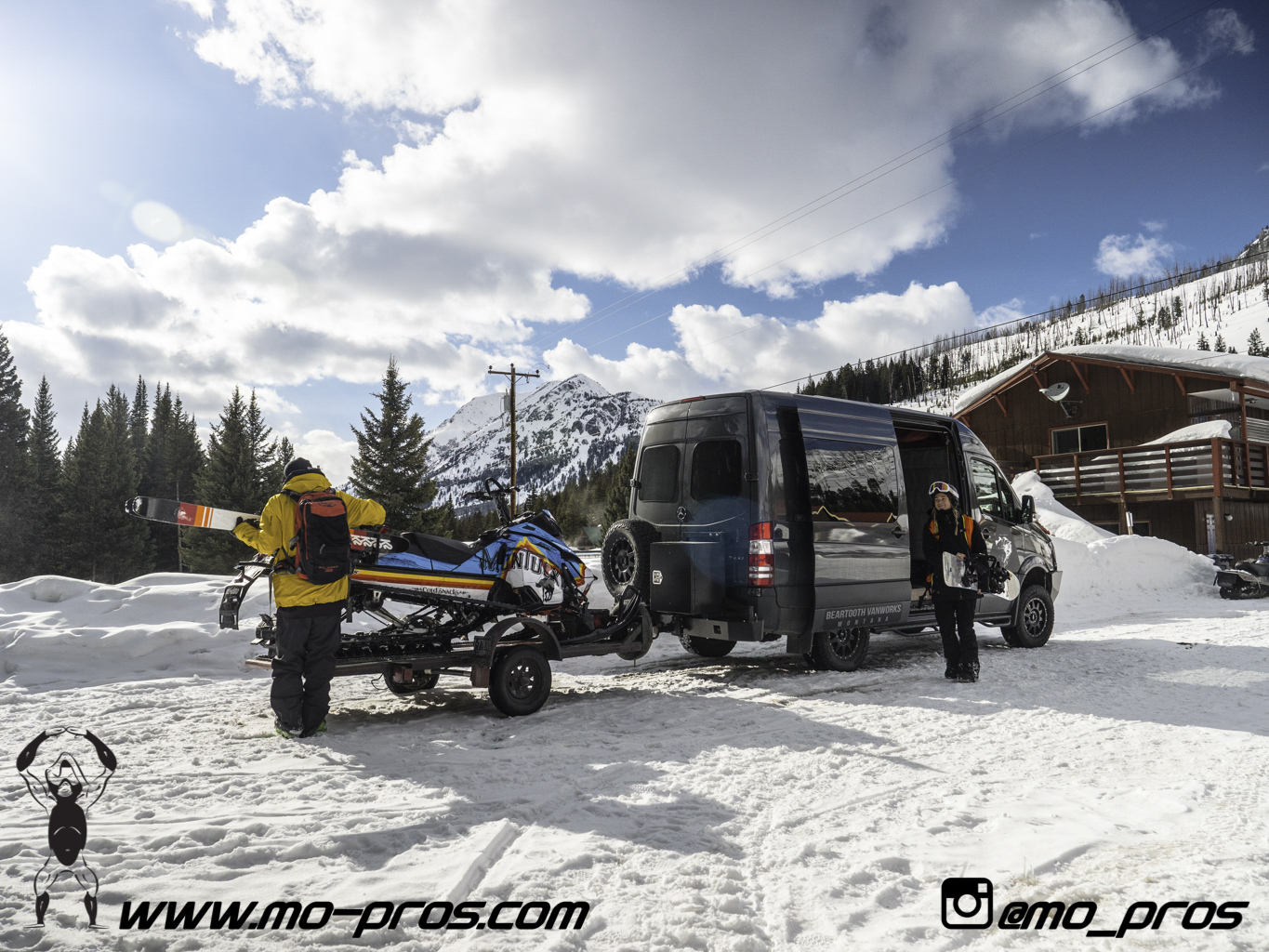 95_Ski_Snowbike_Timbersled Rack_Tsaina Rack_CFR rack_Cheetah Factory Racing_gas Rack_Gear_Gun Rack_LinQ Snowboard Ski_Snowboard rack_snowboard_Snowboarding_snowmobile bag_Snowmobile_timbersled bag_Ti.jpg