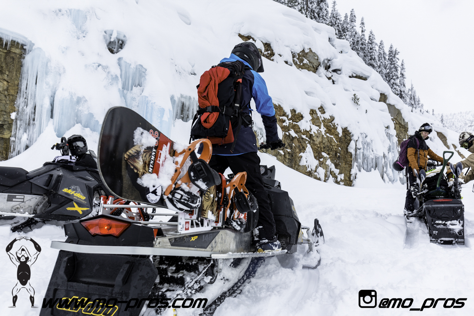 62_Tsaina Rack_Timbersled rack_Timbersled Rack_timbersled bag_snowmobile bag_Snowmobile_Snowboarding_Snowboard rack_snowboard_Snowbike_Ski_Rack_LinQ Snowboard Ski_Gun Rack_Gear_gas Rack_Cheetah Facto.jpg