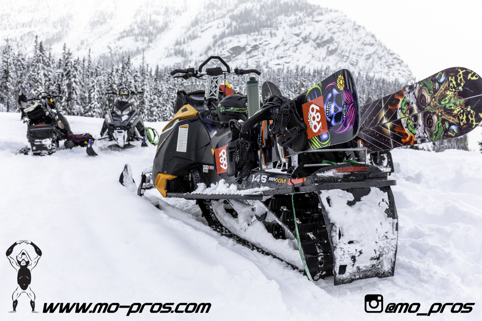 63_Backcountry _Backcountry United_CFR rack_Cheetah Factory Racing_gas Rack_Gear_Gun Rack_LinQ Snowboard Ski_Snowboard rack_snowboard_Snowboarding_snowmobile bag_Snowmobile_timbersled bag_Timbersled .jpg
