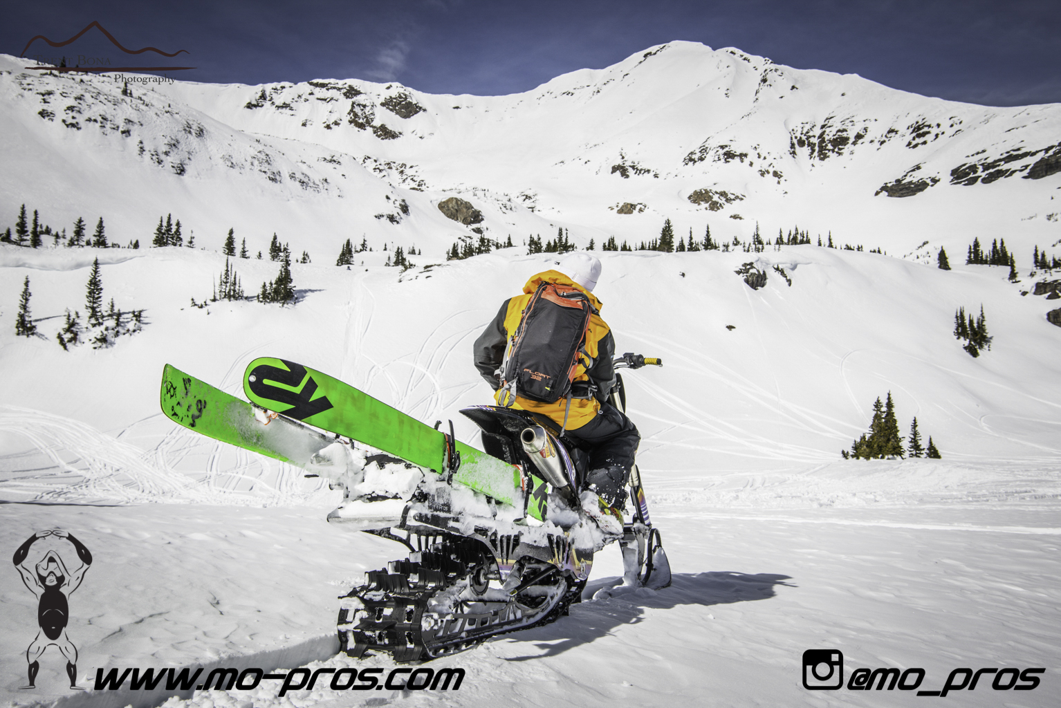 25_Ski_Snowbike_Timbersled Rack_Tsaina Rack_CFR rack_Cheetah Factory Racing_gas Rack_Gear_Gun Rack_LinQ Snowboard Ski_Snowboard rack_snowboard_Snowboarding_snowmobile bag_Snowmobile_timbersled bag_Ti.jpg