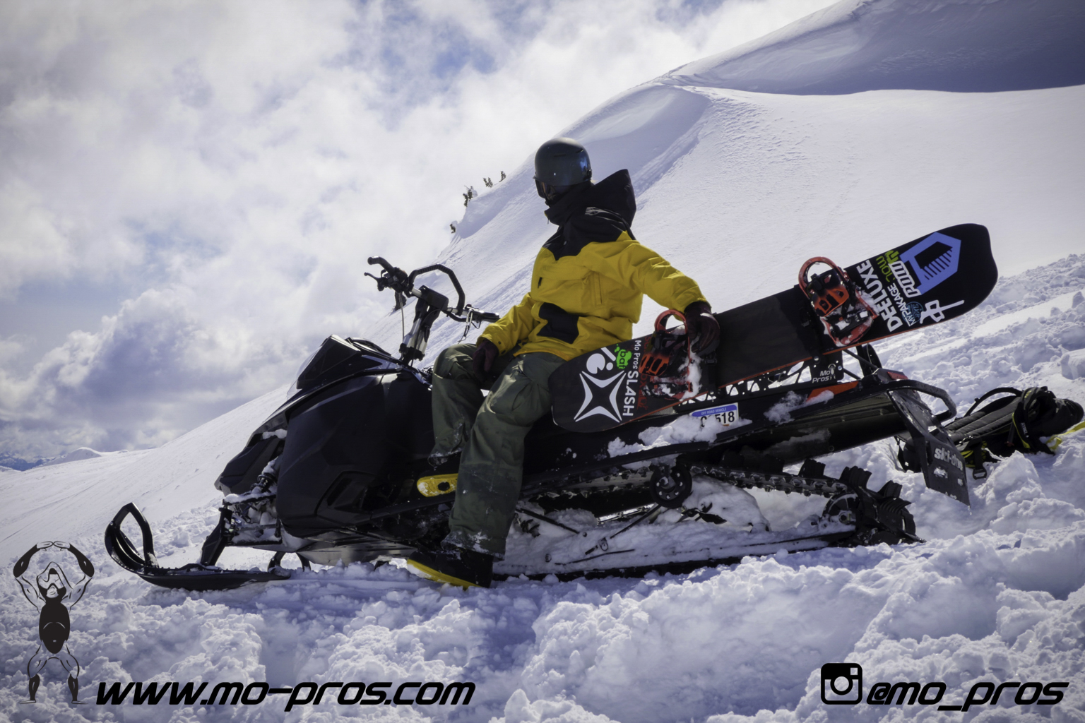 70_Gear_Gun Rack_LinQ Snowboard Ski_Snowbike_Timbersled Rack_Tsaina Rack_CFR rack_Cheetah Factory Racing_Snowboard rack_snowboard_snowmobile bag_Snowmobile_timbersled bag_gas Rack_Ski_Snowbike_Snowbo.jpg