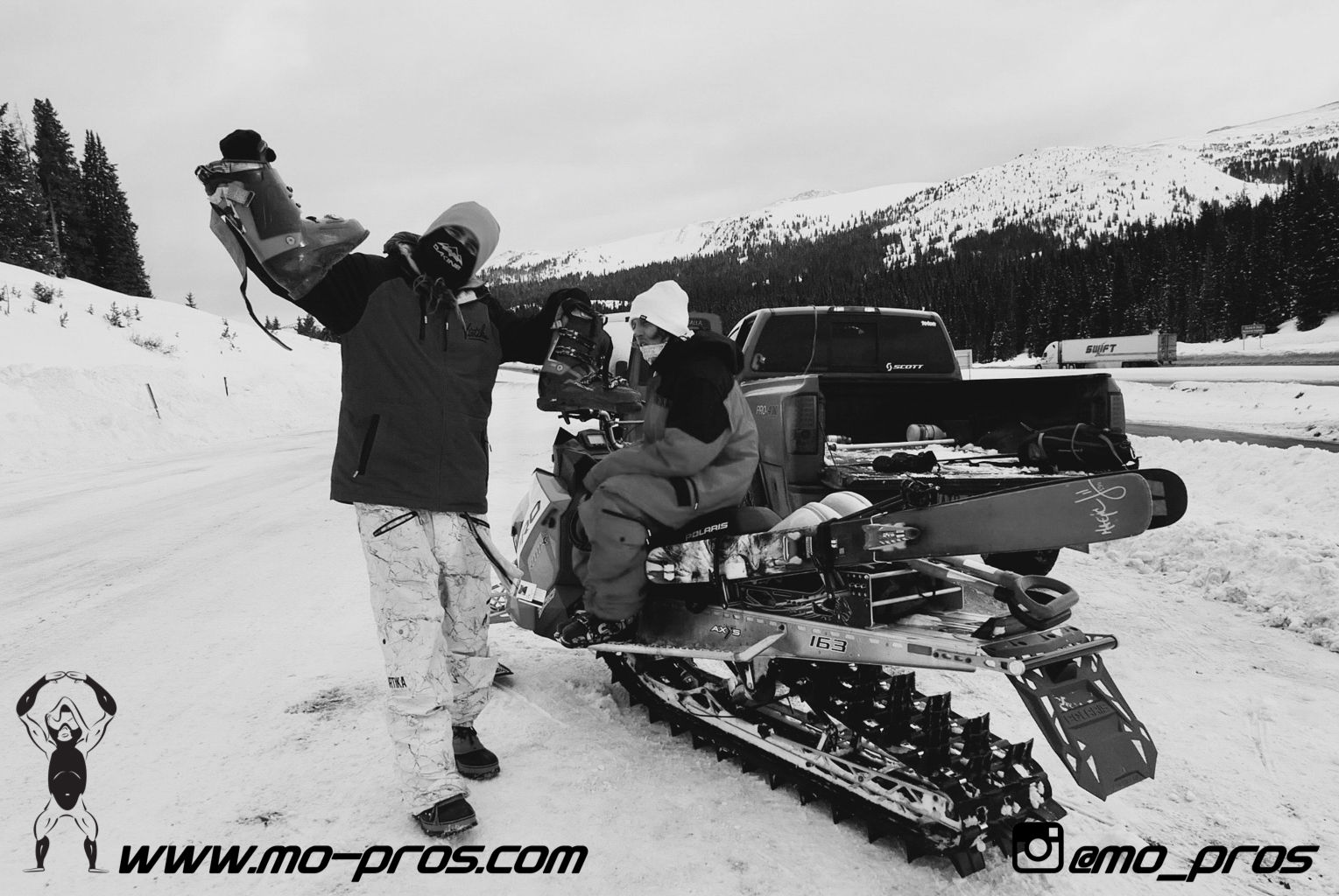 113_Backcountry _Backcountry United_CFR rack_Cheetah Factory Racing_gas Rack_Gear_Gun Rack_LinQ Snowboard Ski_Snowboard rack_snowboard_Snowboarding_snowmobile bag_Snowmobile_timbersled bag_Timbersled.jpg