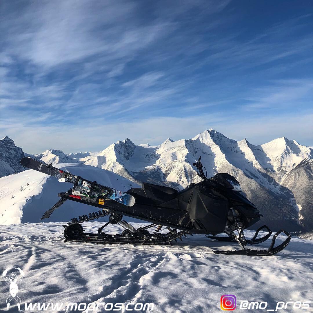 30_MoPros_Skidoo_Snowmobile_Ski_Rack.jpg