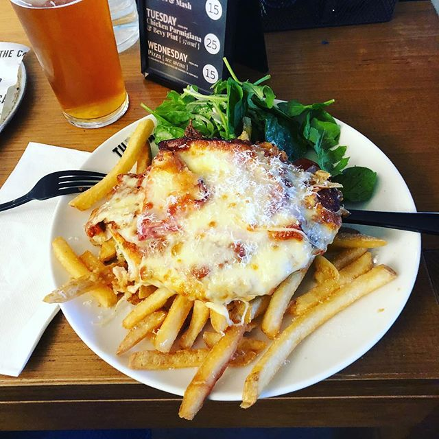 Delicious Parma from @thecamfield - moist; cheesy; salty; delicious. The chicken breast distracted from the very average chips. The beer also helped with this. #perthfood #perthisok #perthparmas