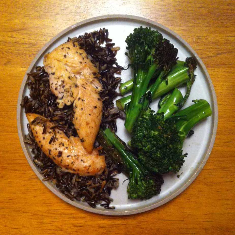 A healthy plate should consist of 1/2 vegetables or greens. Definitely a challenge for me, but I'm working on it!