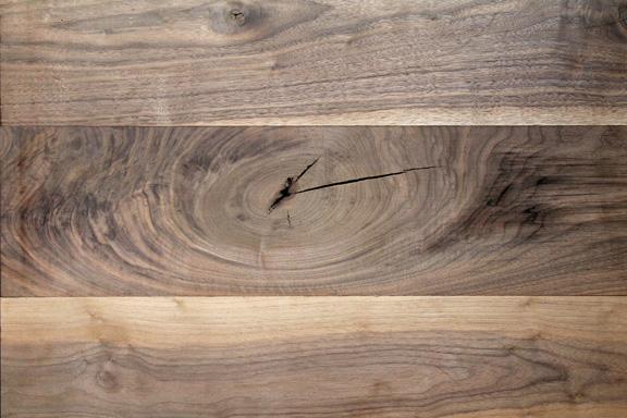 Character Black Walnut.Image via  Sawkill Lumber Company .