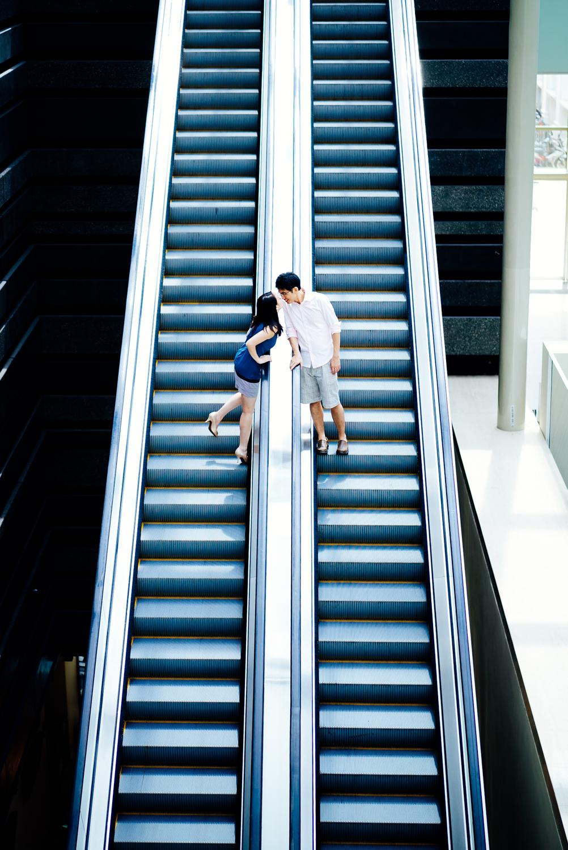prewedding-photoshoot-national-museum-singapore-4.jpg