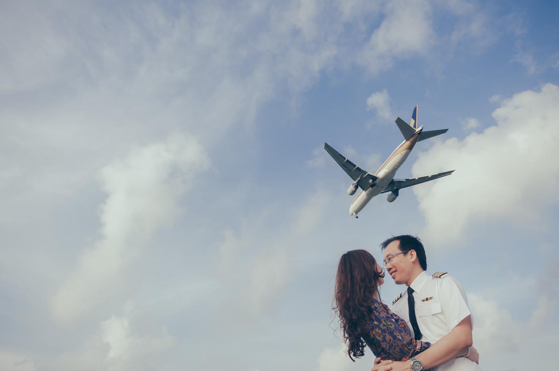 prewedding-photoshoot-changi-aeroplane-singapore-4.jpg