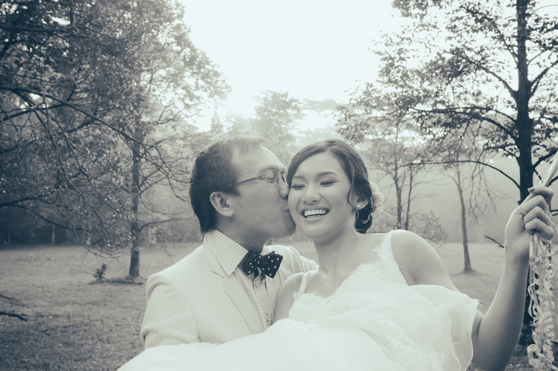 prewedding-photoshoot-sixth-avenue-nature-singapore-3.jpg