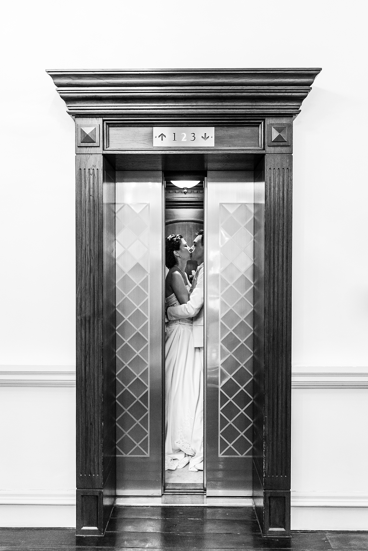 pre-wedding-shoot-raffles-hotel-singapore