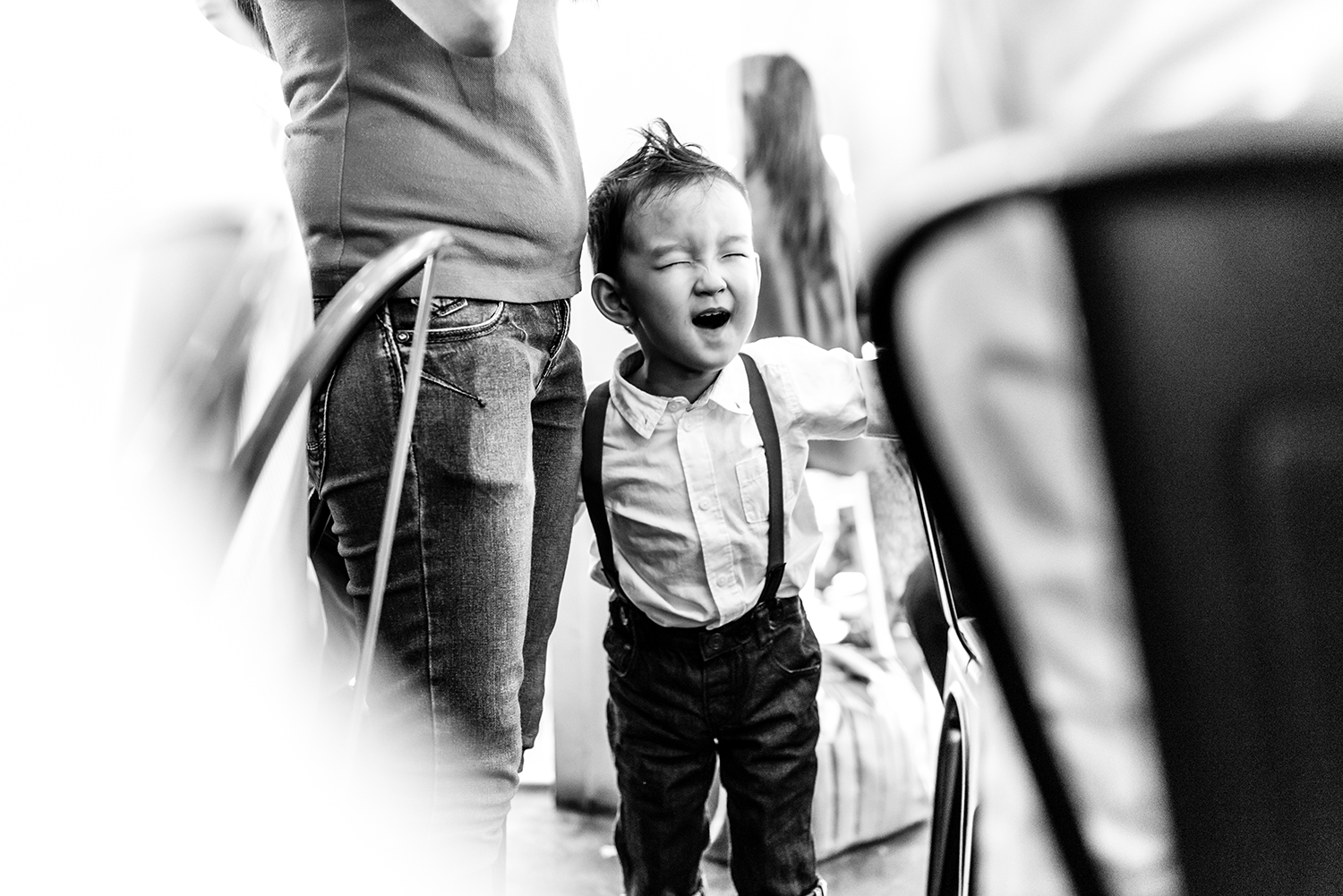 real-moment-kid-laughing