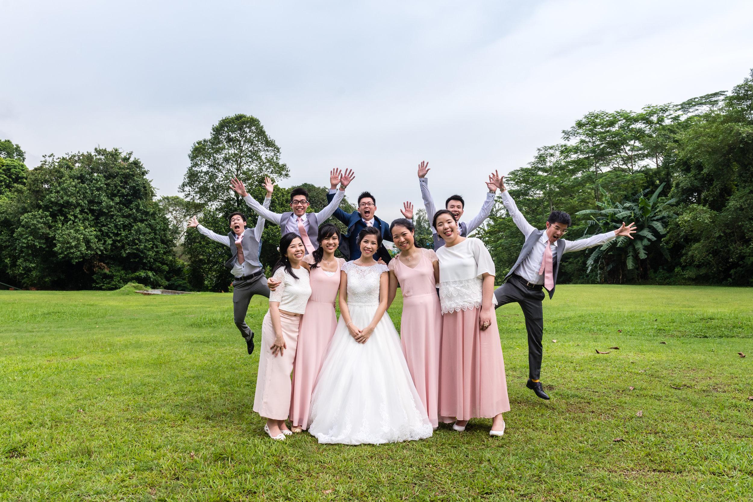 ad-wedding-photoshoot-white-rabbit-funny-bridal-party