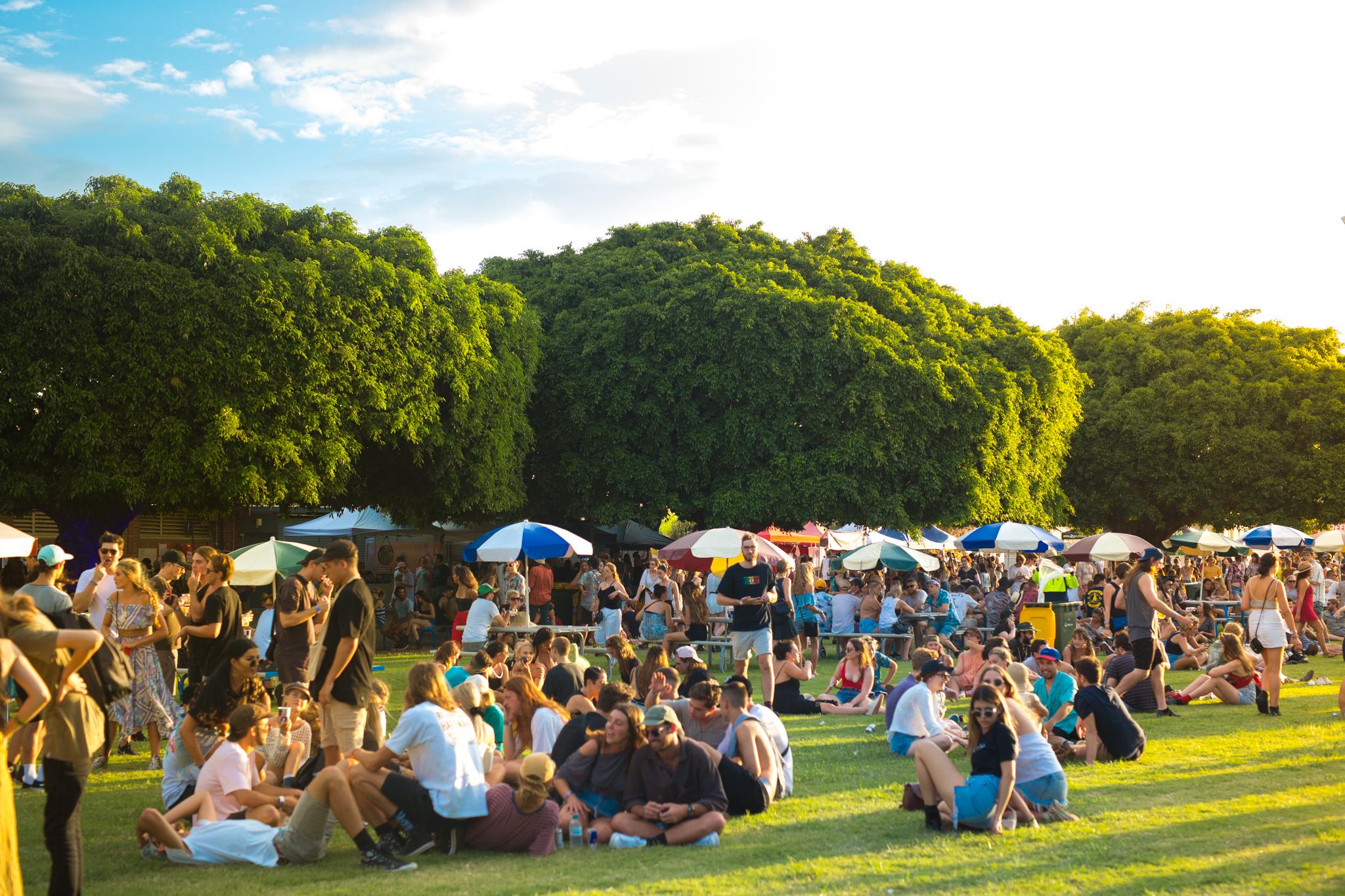 Atmosphere_Laneway-Festival-Brisbane-2017_credit-Bianca-Holderness-43.jpg