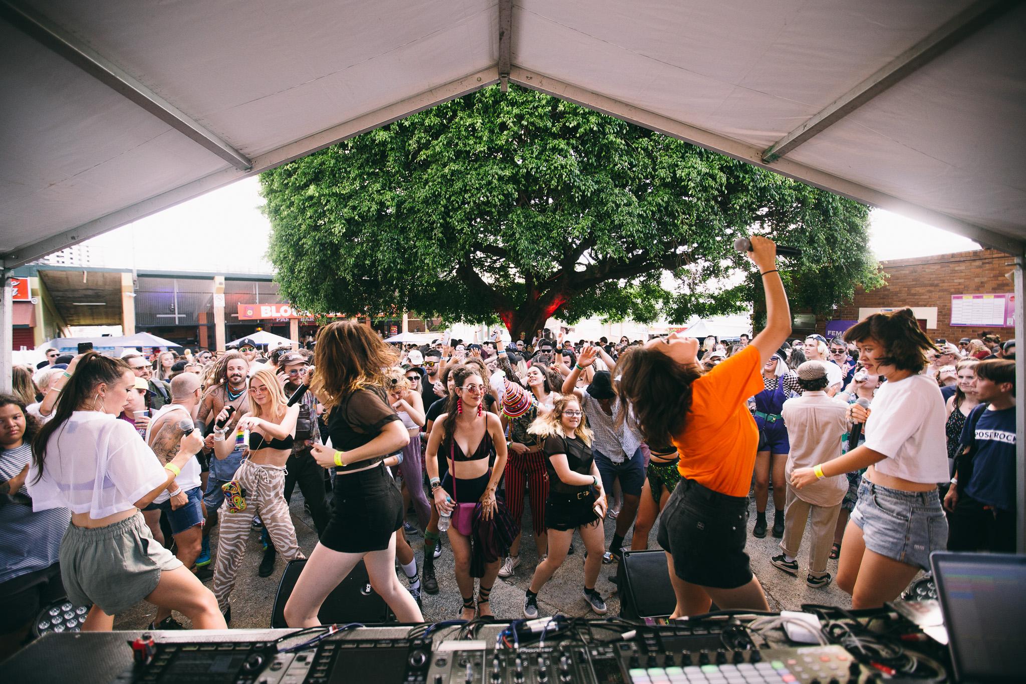 Haiku Hands_Laneway-Festival-Brisbane-2018_Credit-Bianca-Holderness-1.jpg