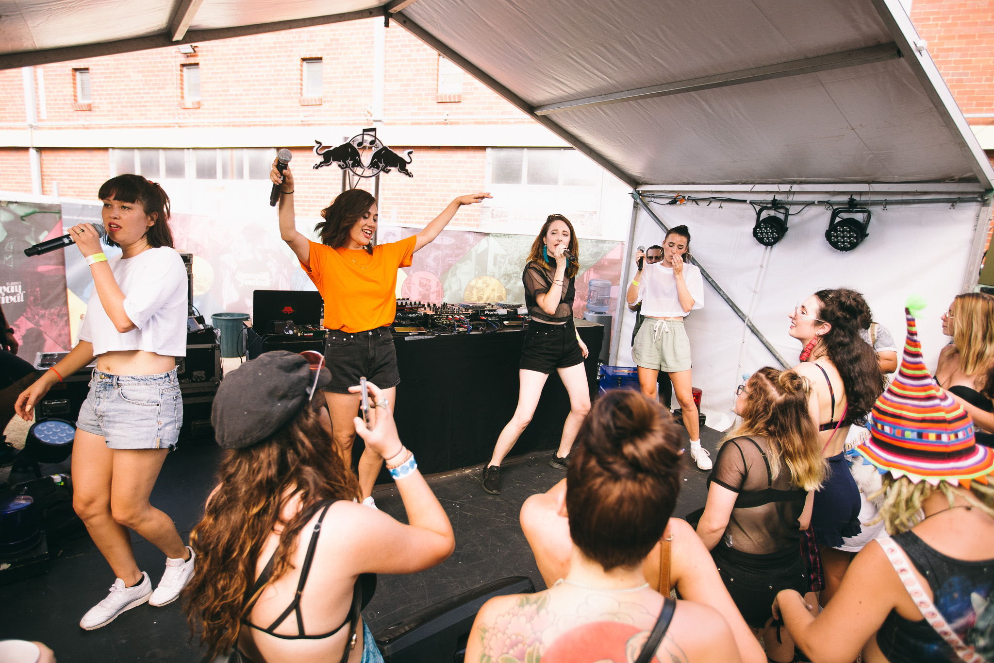 Haiku Hands_Laneway-Festival-Brisbane-2018_Credit-Bianca-Holderness-5.jpg