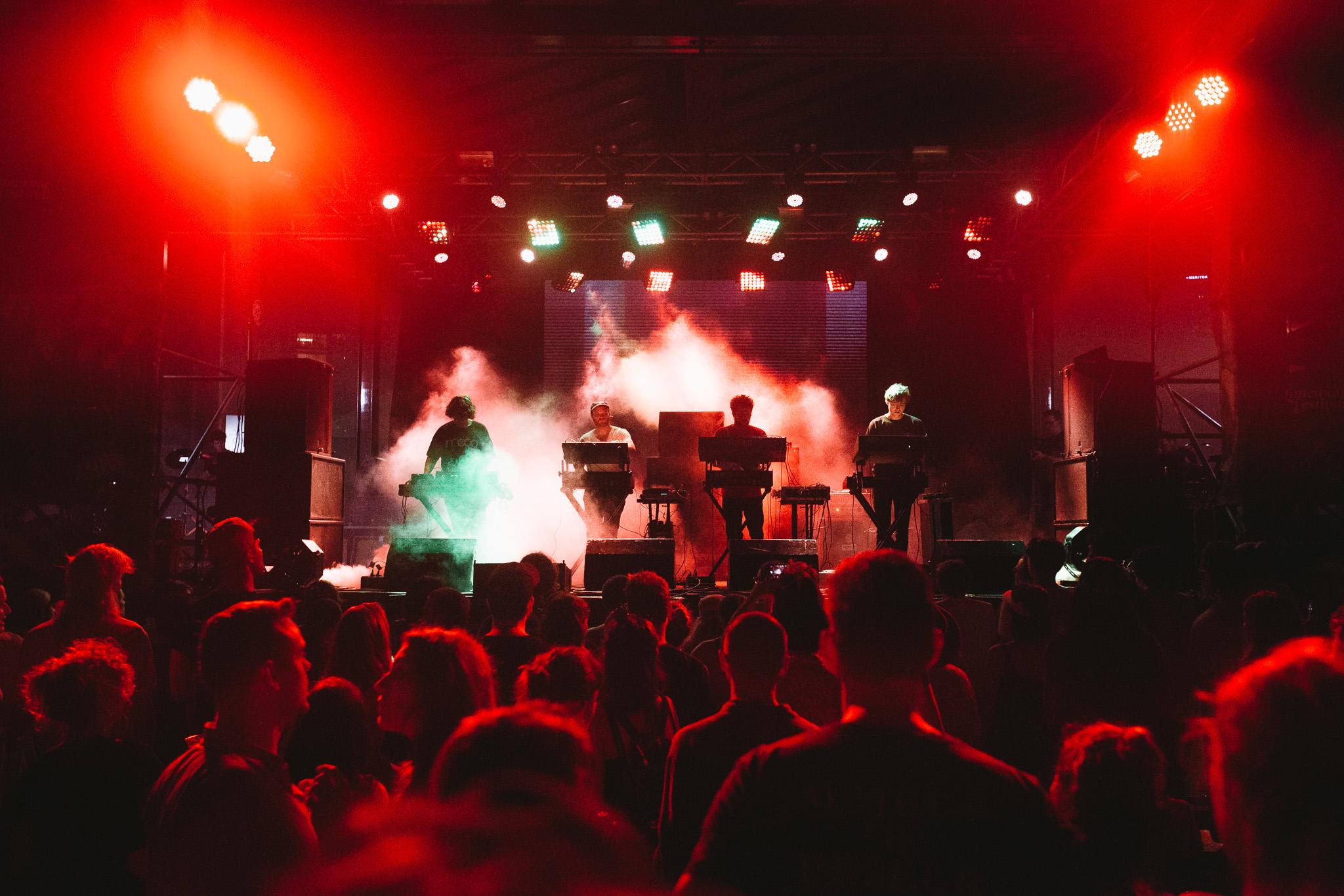 SURVIVE_Laneway-Festival-Brisbane-2018_Credit-Bianca-Holderness-1.jpg