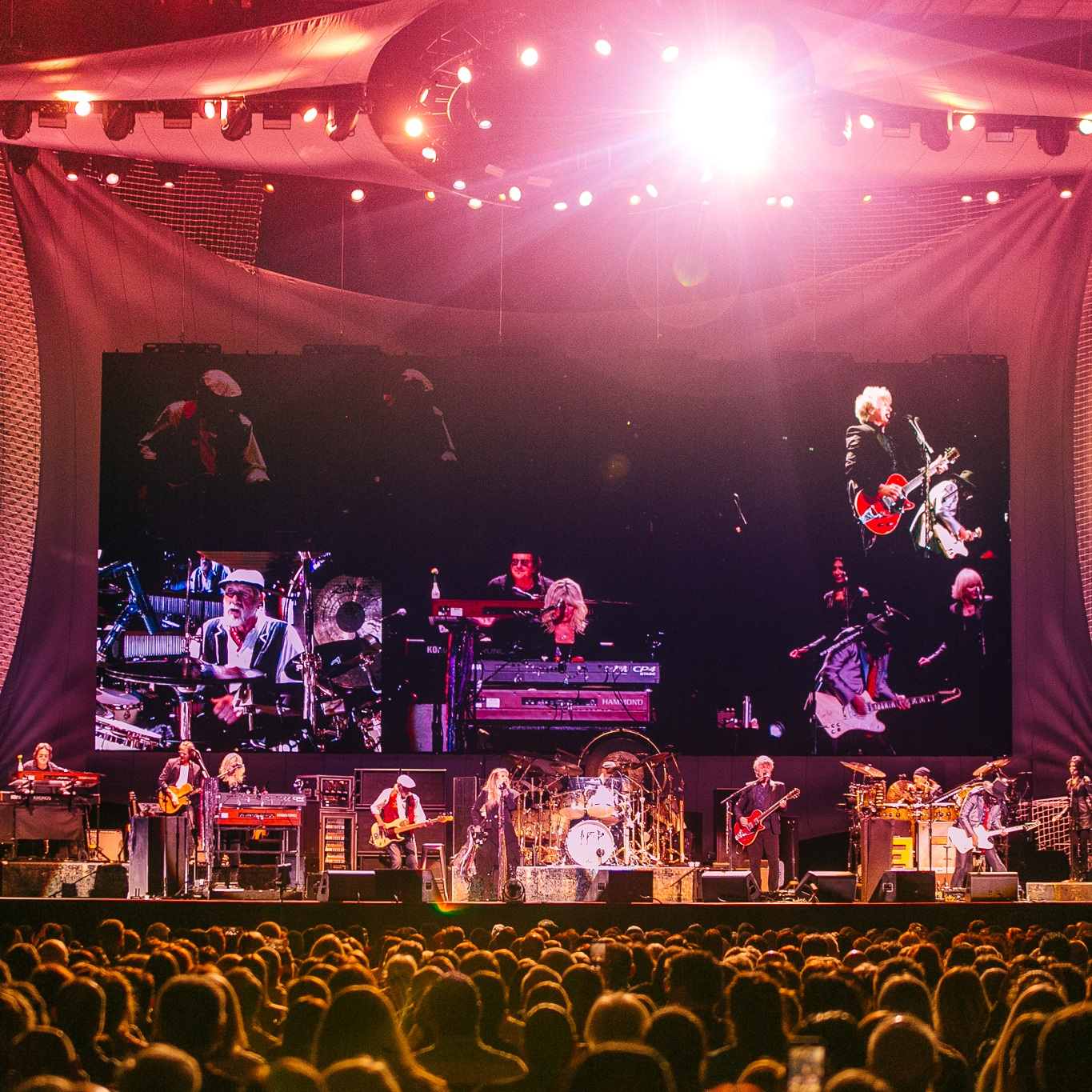 Fleetwood+Mac_BEC_210819_Bianca+Holderness-7.jpg