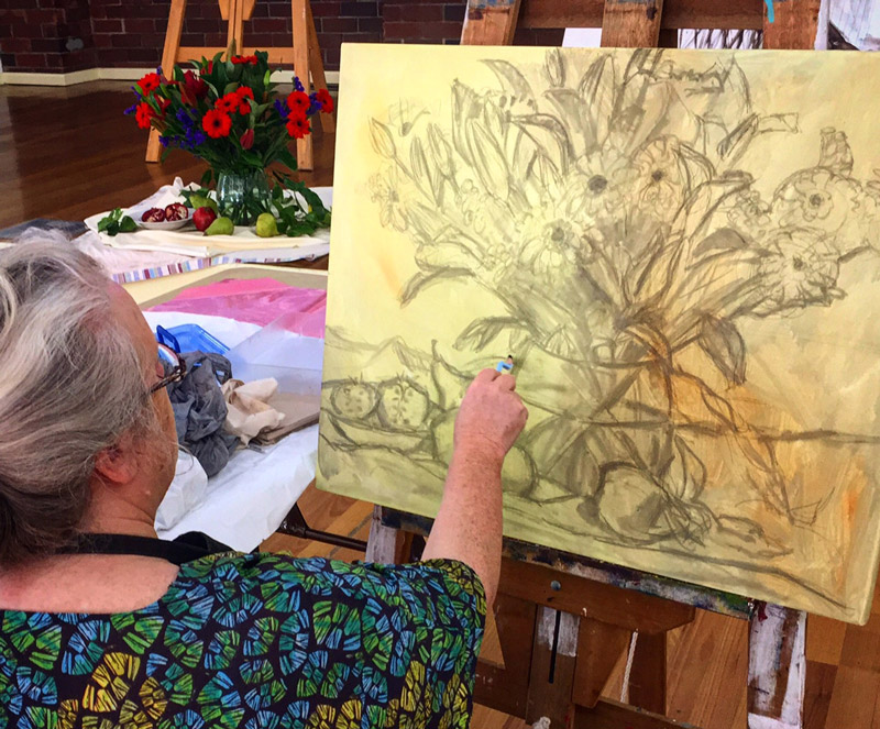 Stephanie Galloway Brown drawing up still life at Mona Vale Market Day.