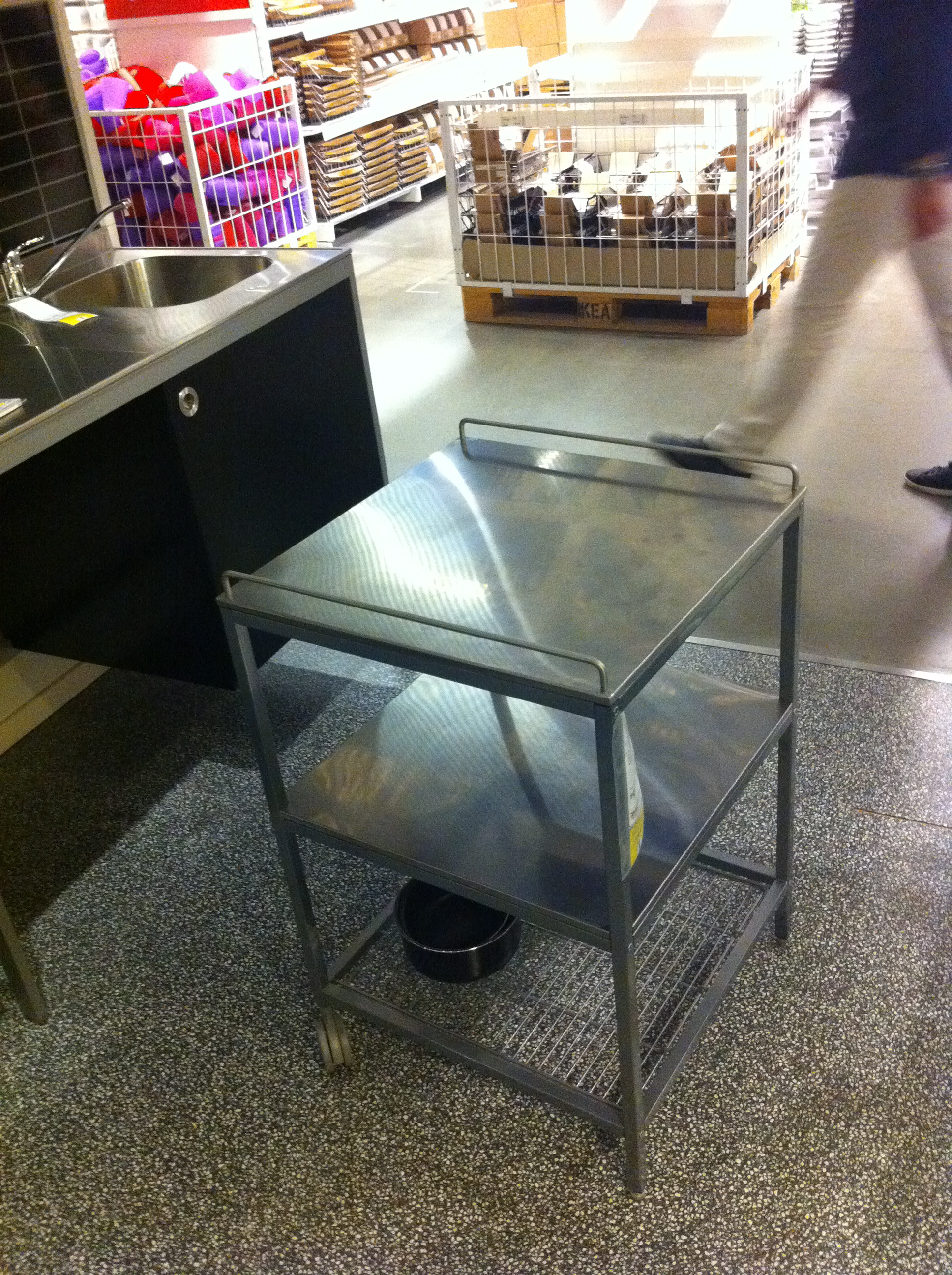 This kitchen range is perfect for a work shop - this will make a great welder table