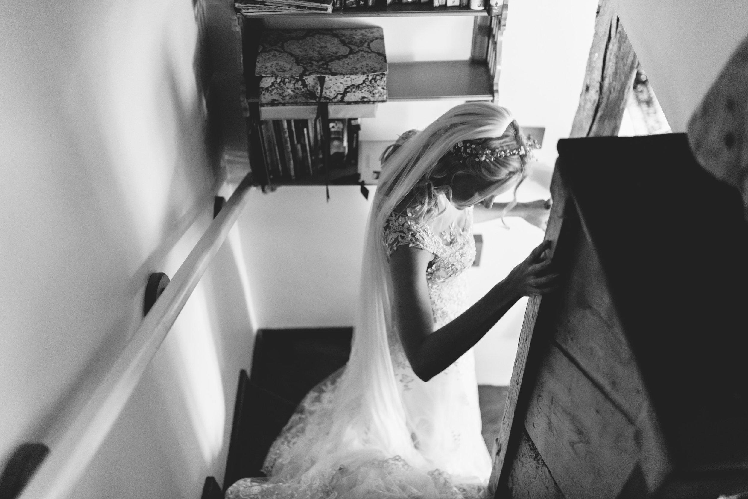 Birmingham photographer wedding country artistic wedding photography bride 01.jpg