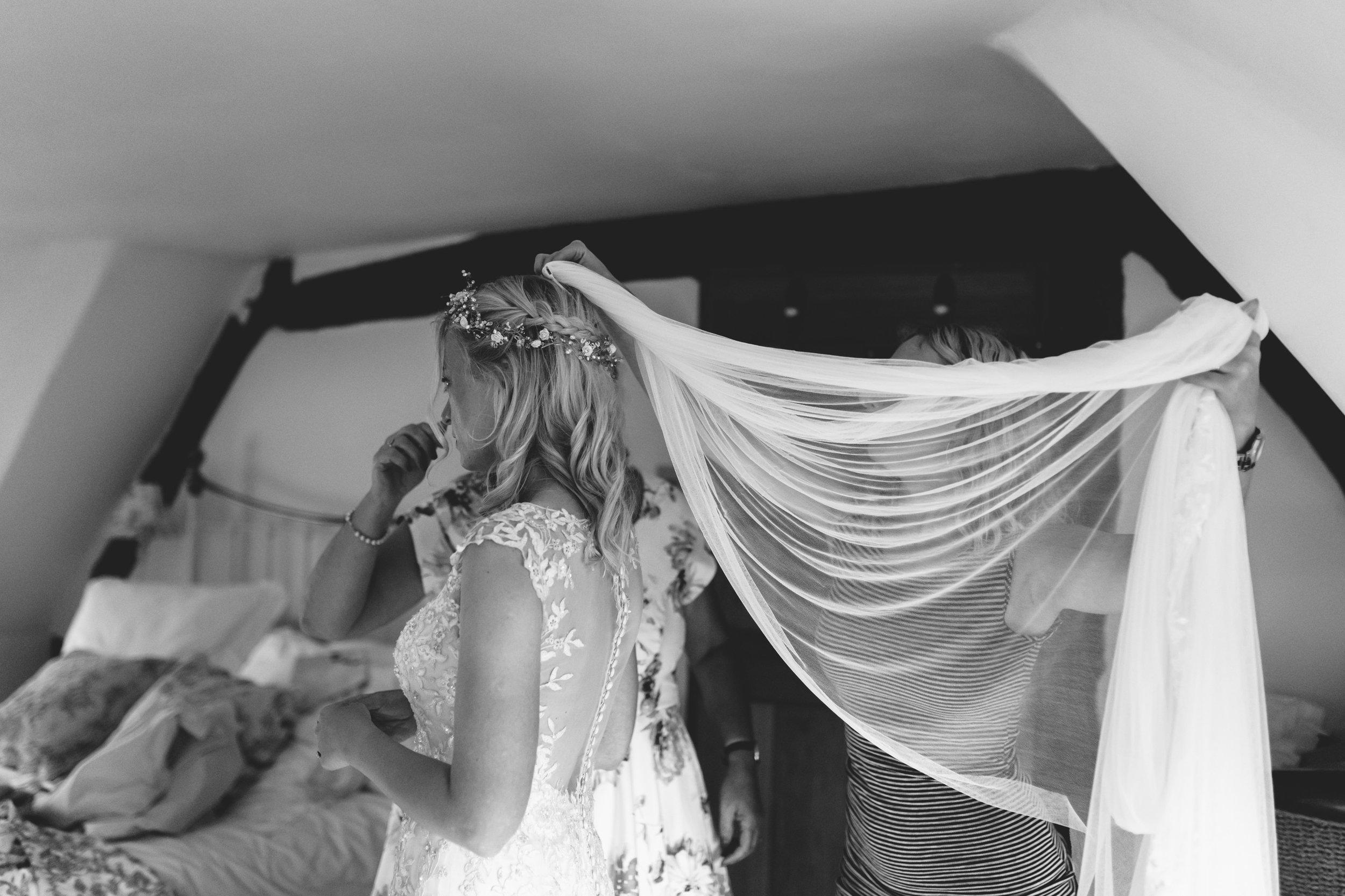 wedding dress Birmingham photographer wedding country artistic wedding photography98.jpg