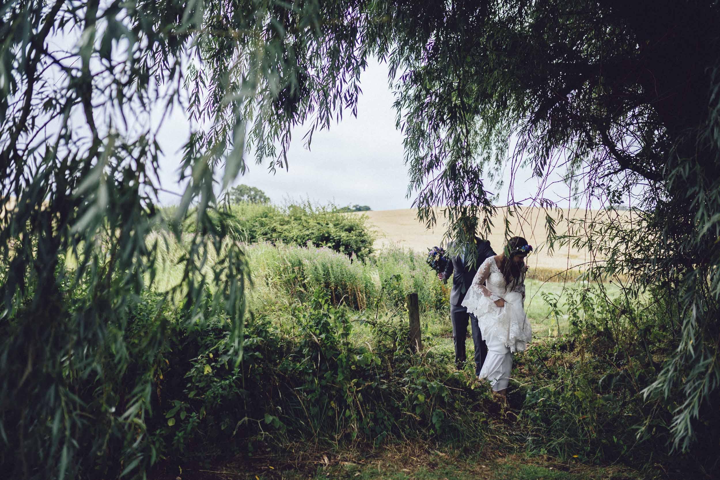 Newton Park Farm Wedding- creative relaxed wedding photography075.jpg