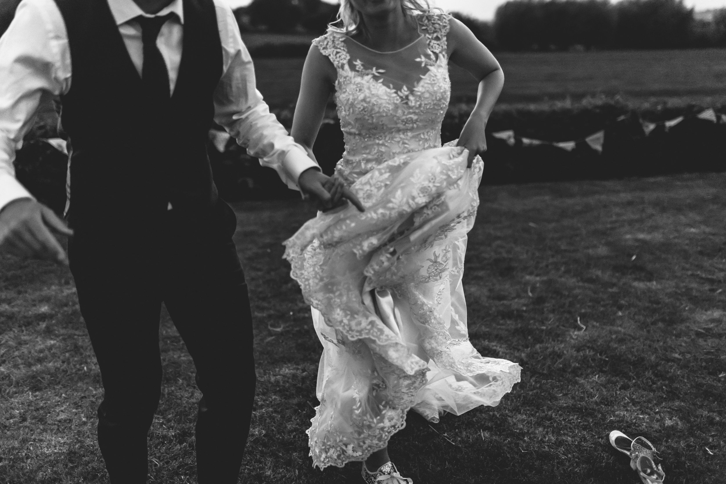 beautiful romantic garden wedding- cotswolds-079.jpg