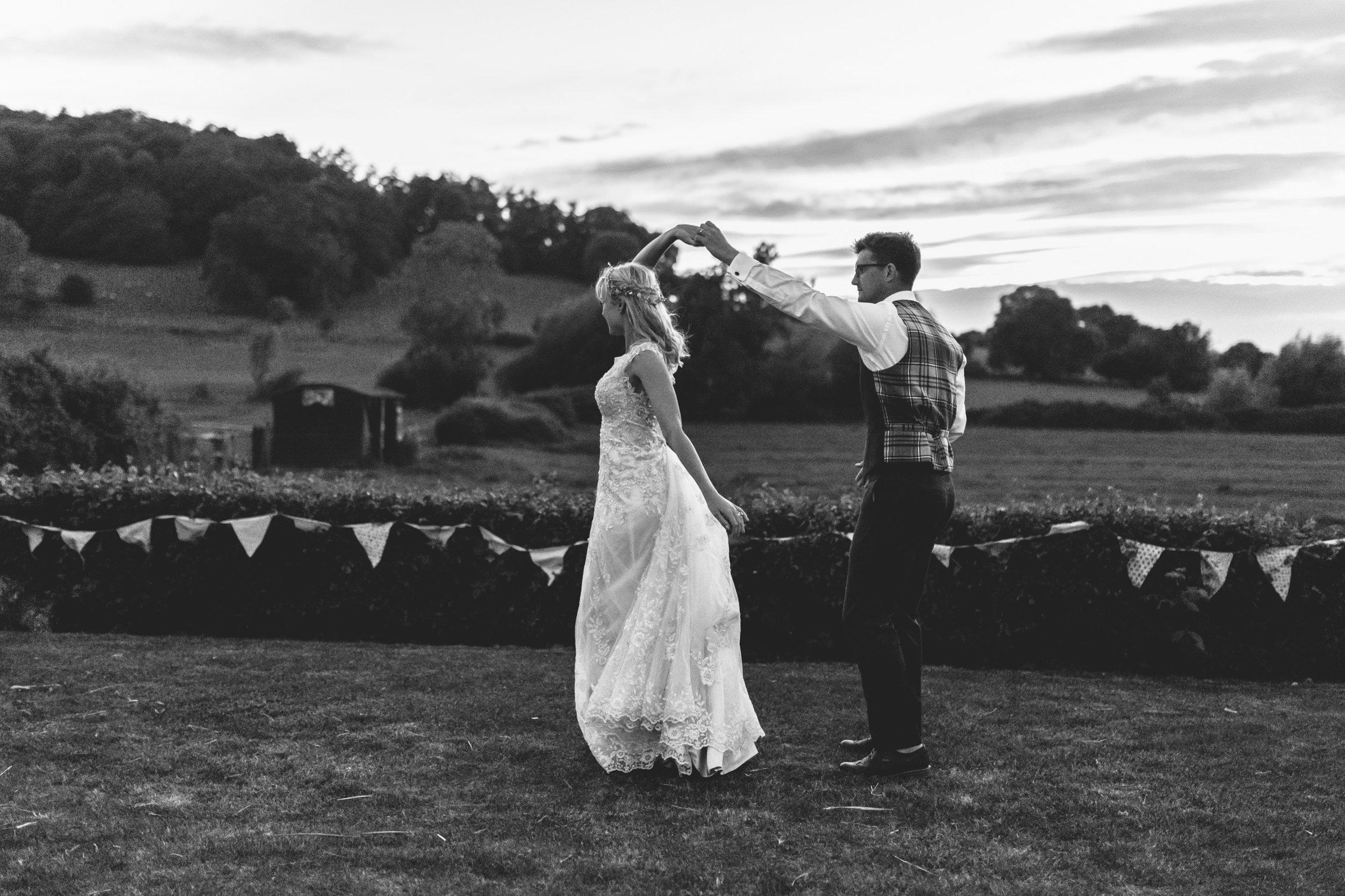 beautiful romantic garden wedding- cotswolds-081.jpg