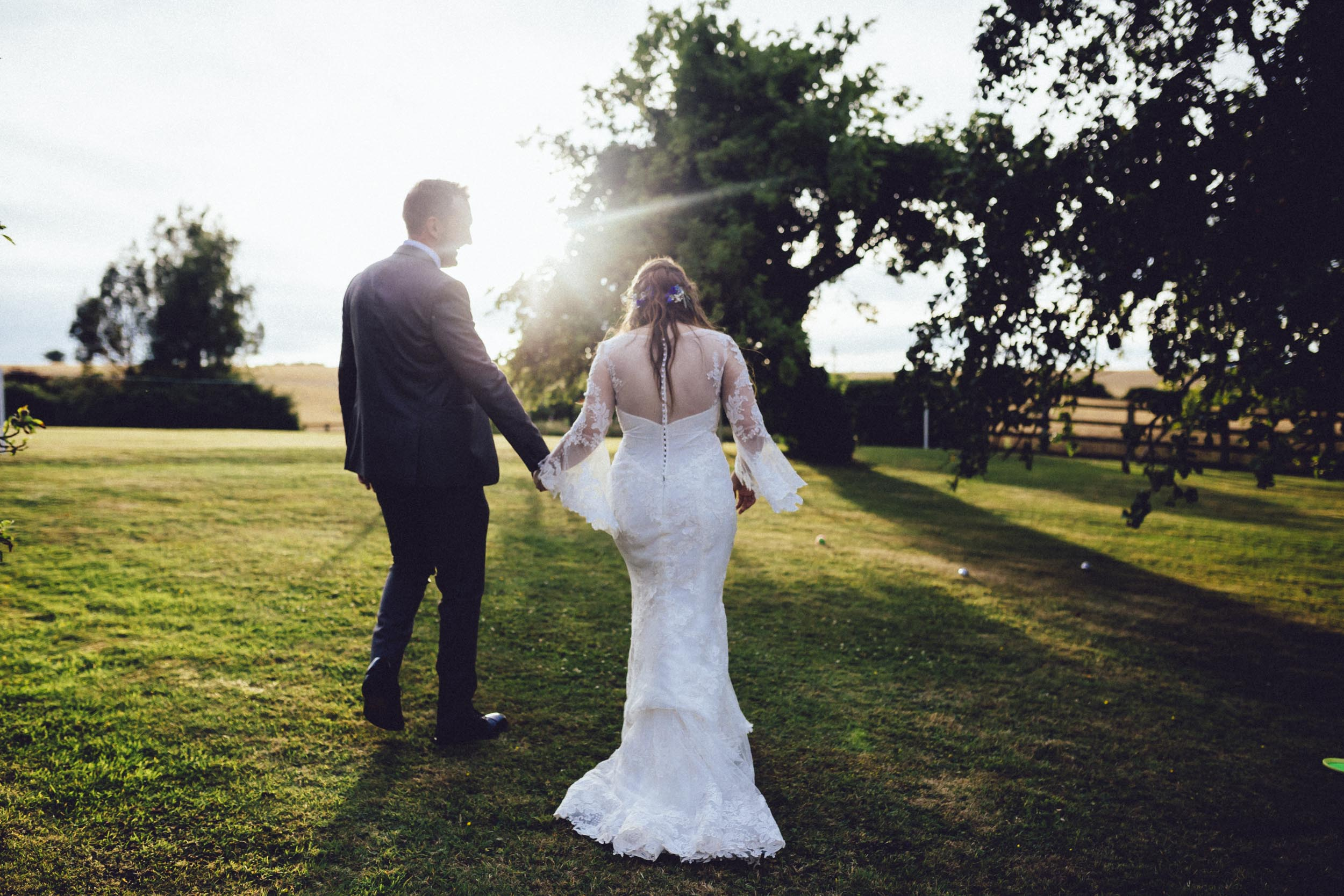 MICHAELA & RUSSELL - MUSIC LOVERS | NEWTON PARK FARM WEDDING