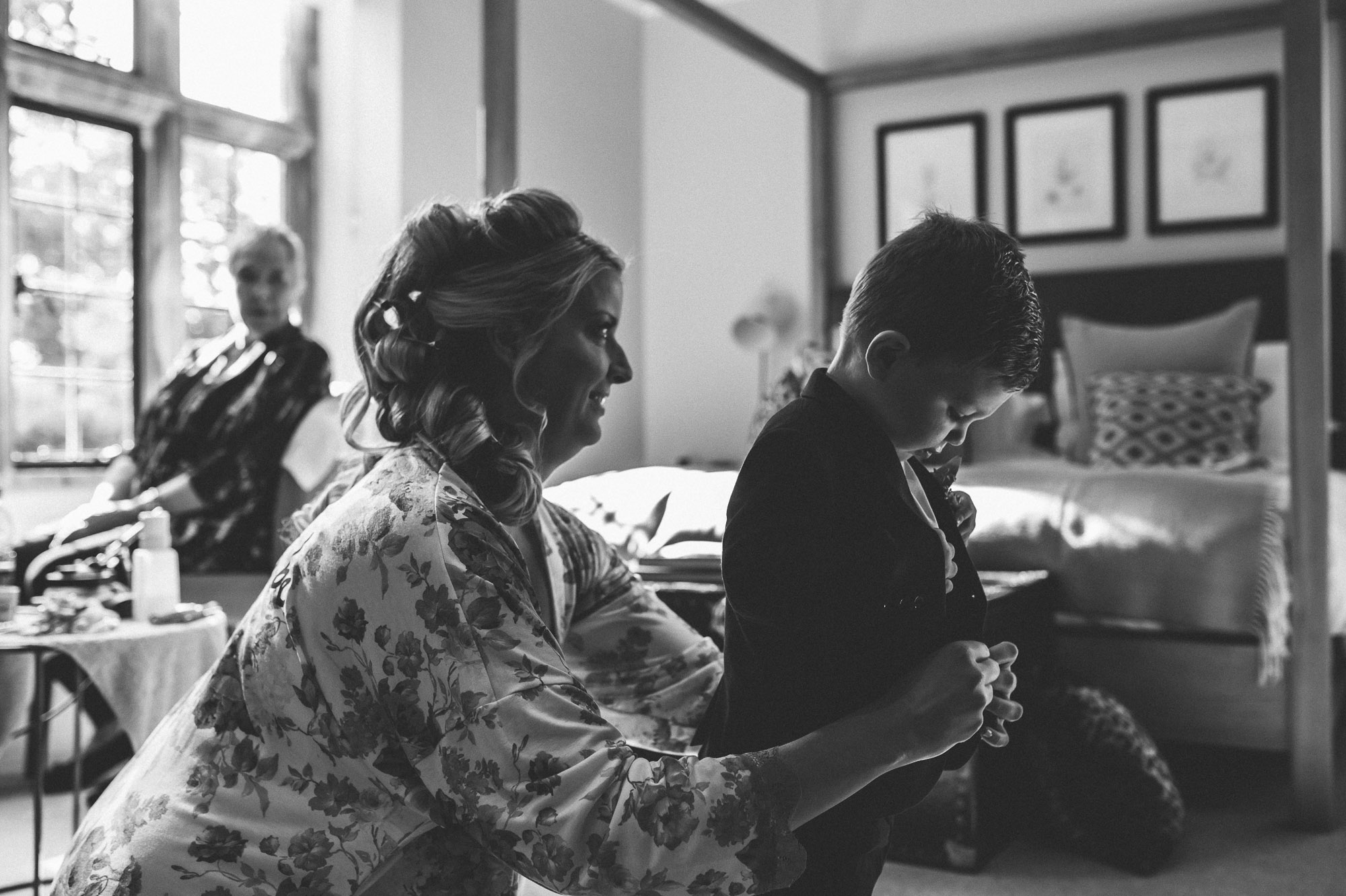 vibrant relaxed vibrant cotswold wedding-19.jpg