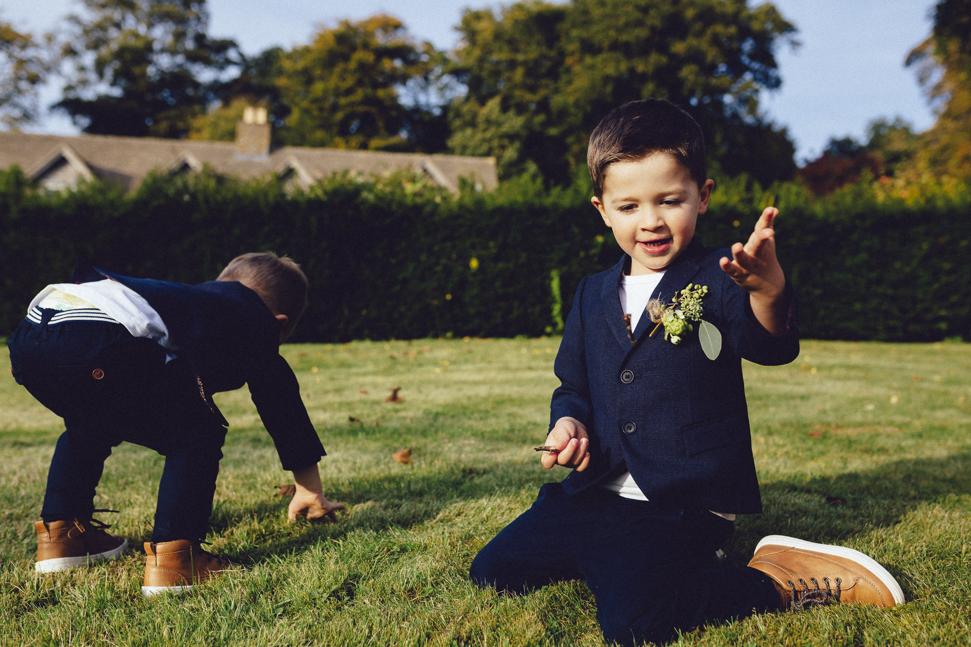 vibrant relaxed vibrant cotswold wedding-99.jpg
