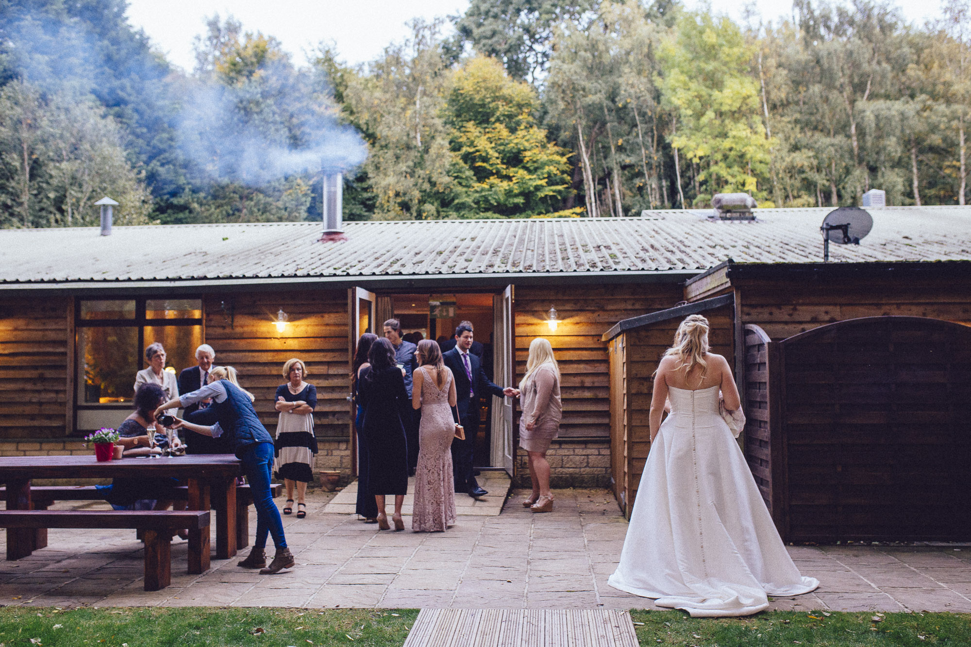 vibrant relaxed vibrant cotswold wedding-148.jpg