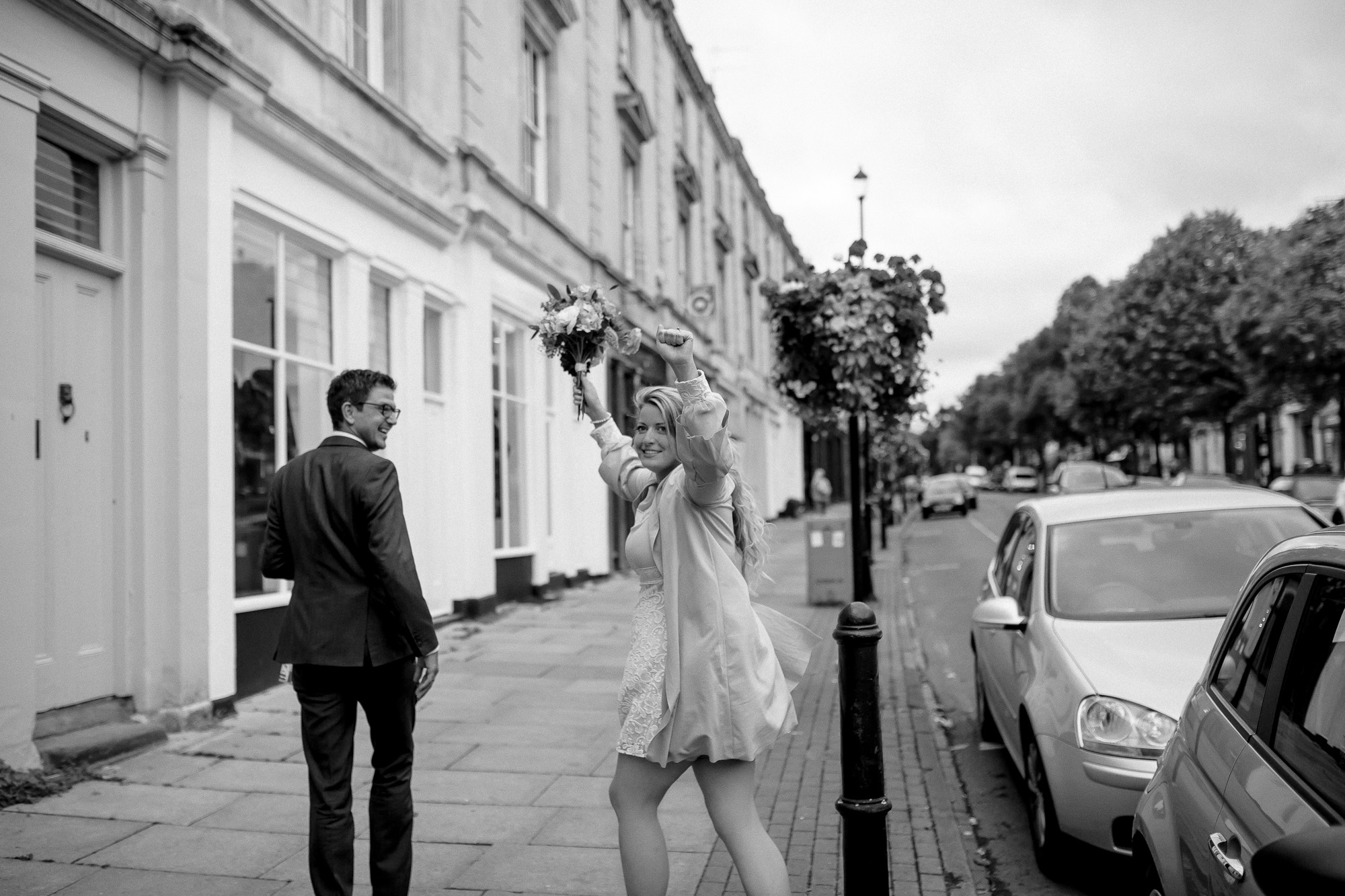 creative relxed birmingham wedding photography-54.jpg