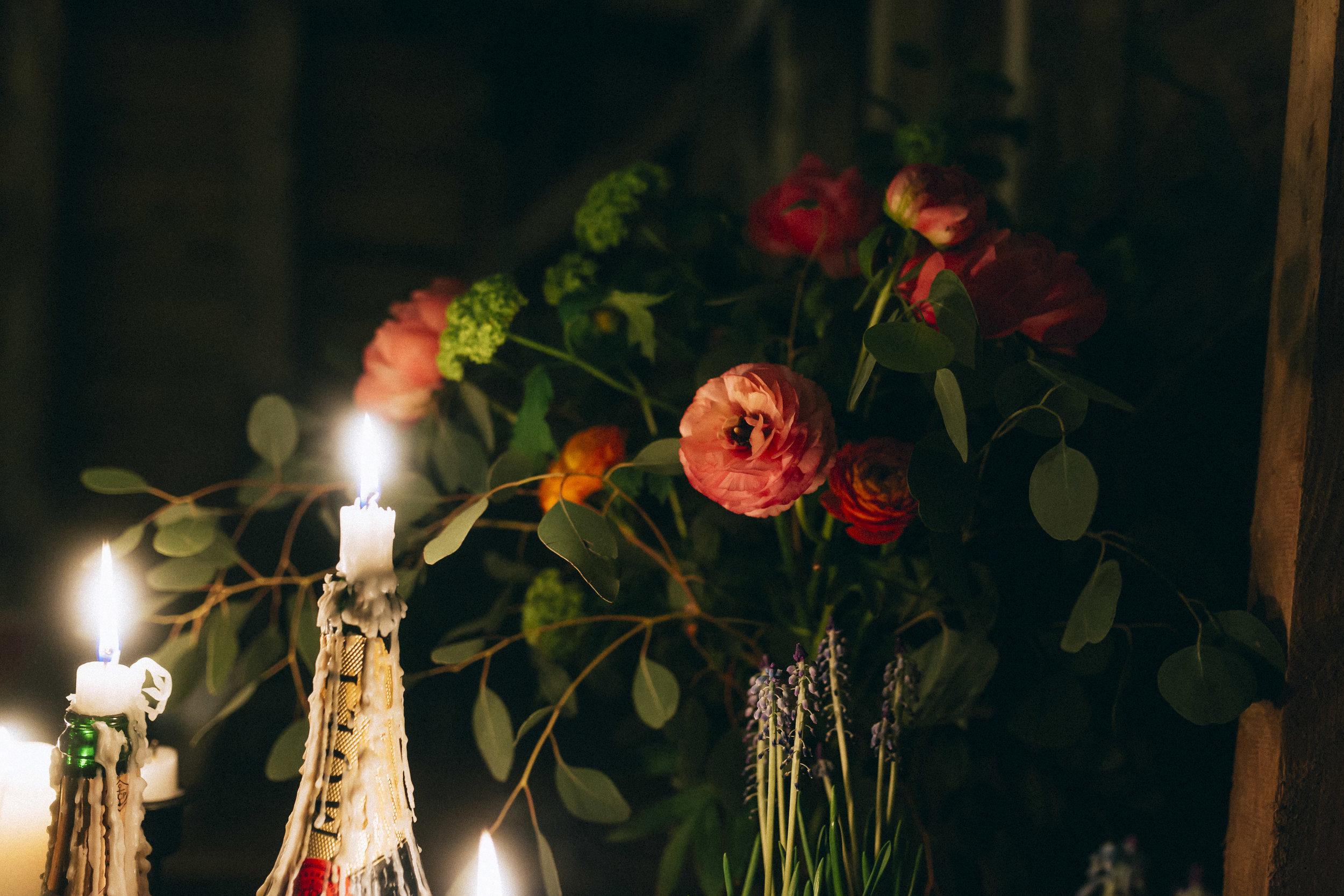 Birmingham relaxed alternative wedding photographer- the secret barn- petal and feast- curious rose photography- laura rhodes- boho bride-0086.JPG