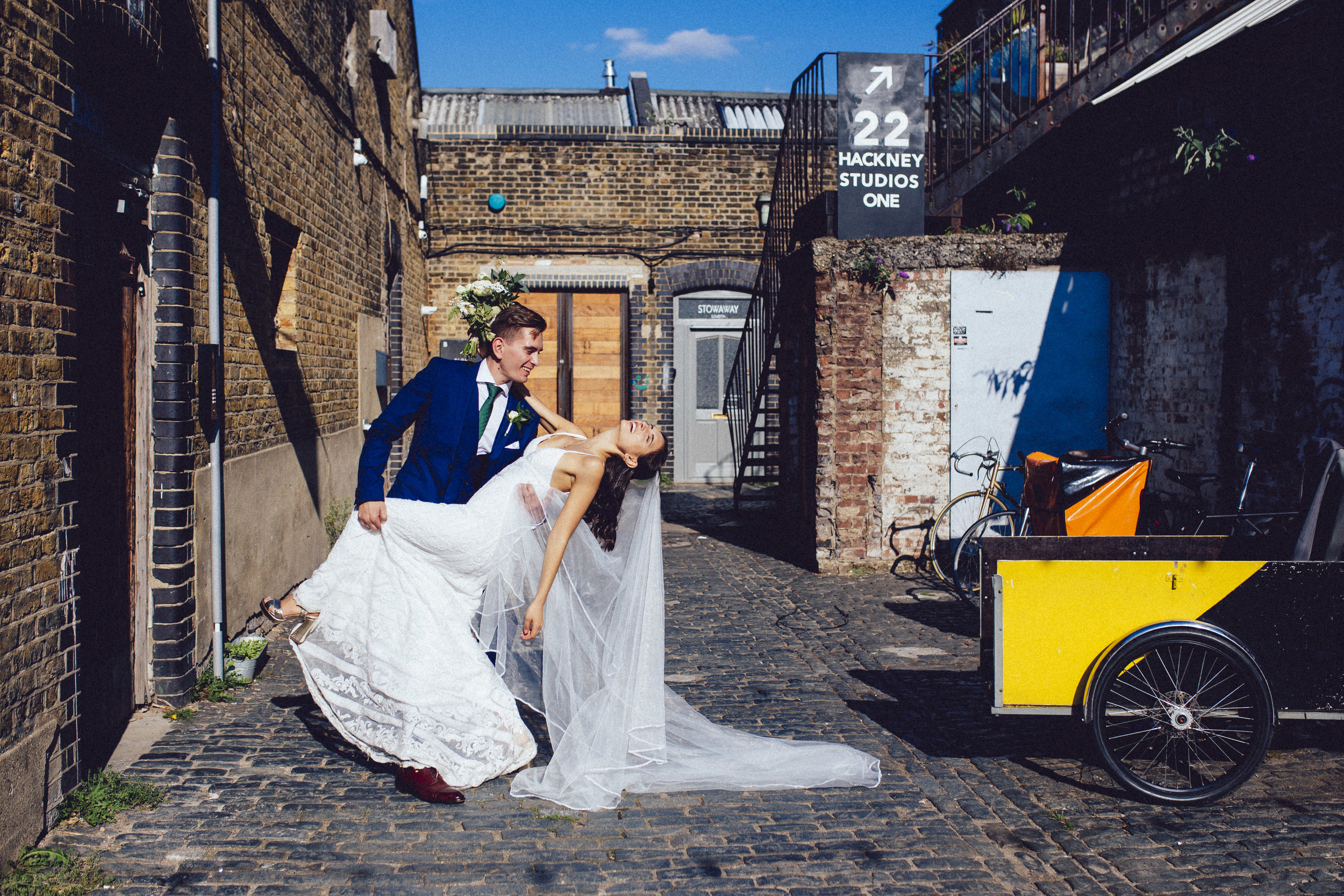 Laura & Kamil - First Look -31.jpg