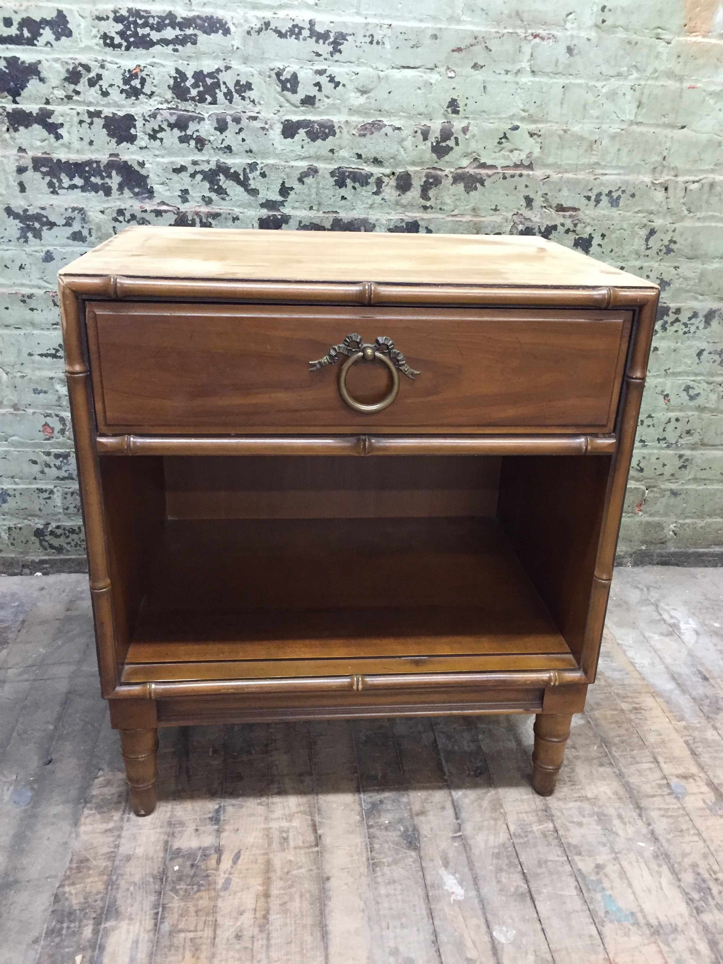 Drexel Night Stand/ Side Table FOR SALE $300