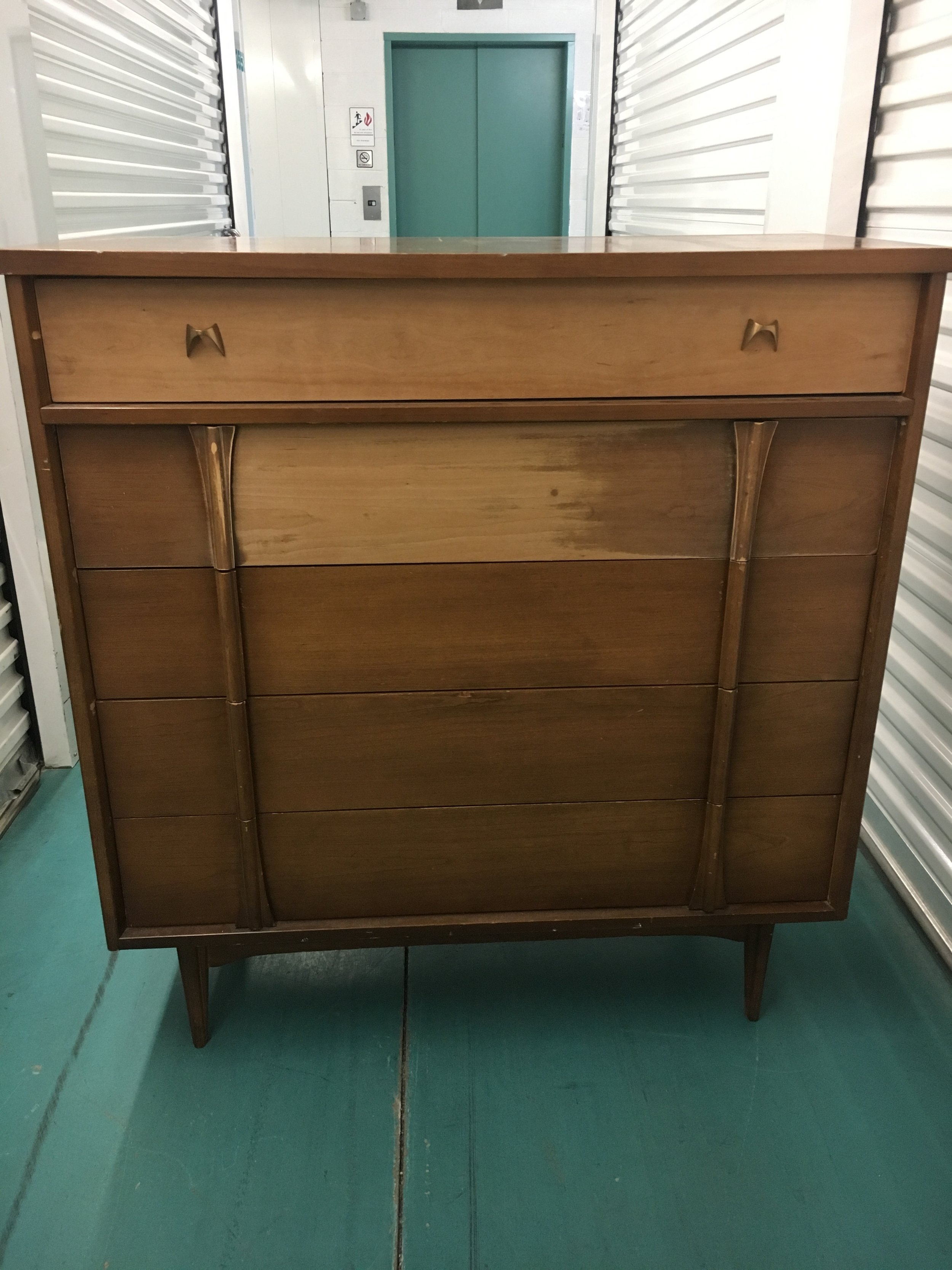 Bassett Furniture MidCentury Modern 5 Drawer Dresser