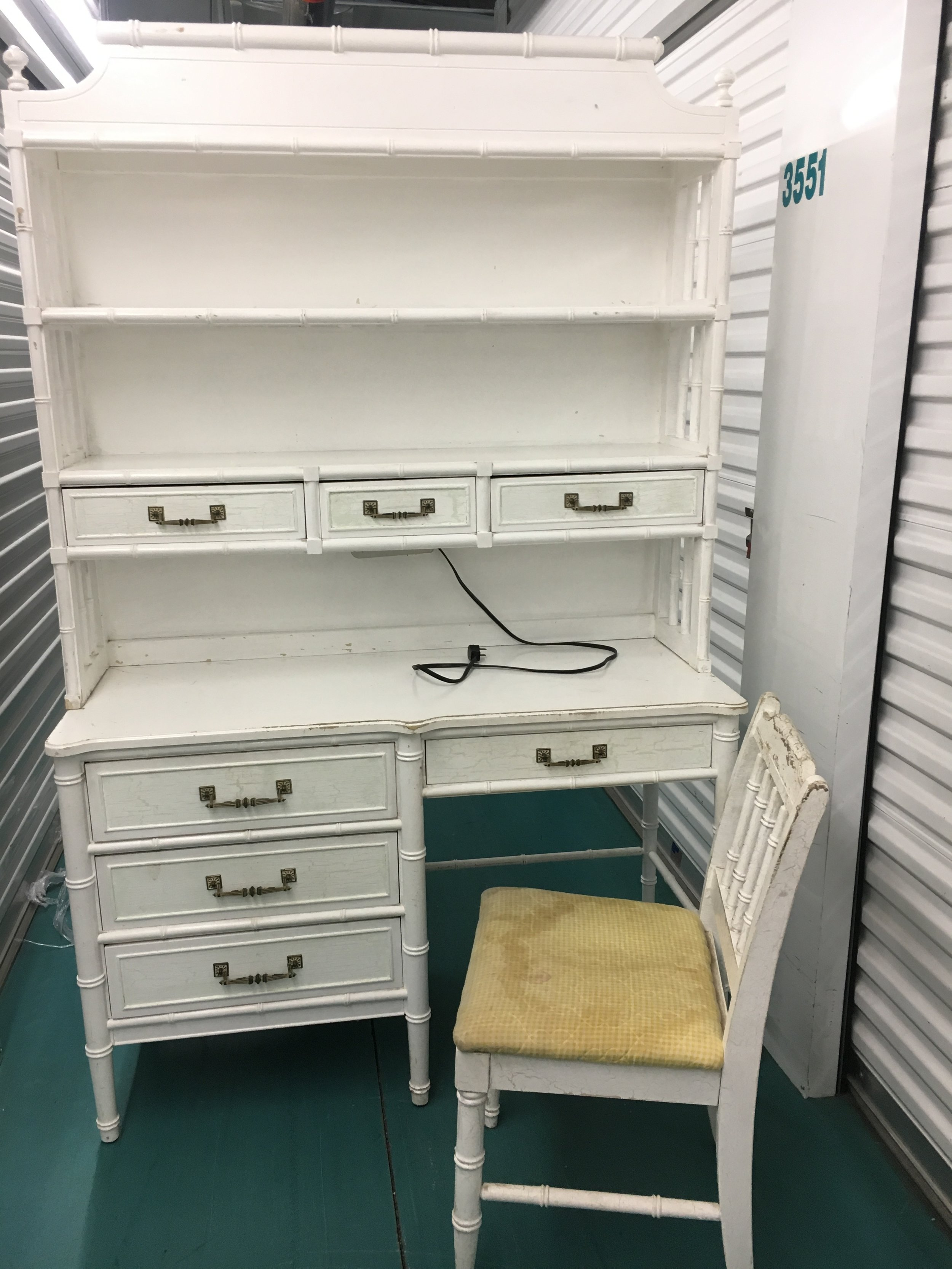 Henry Link Bali Desk and Hutch $1200 Pick your color and for fabric from my inventory of styles