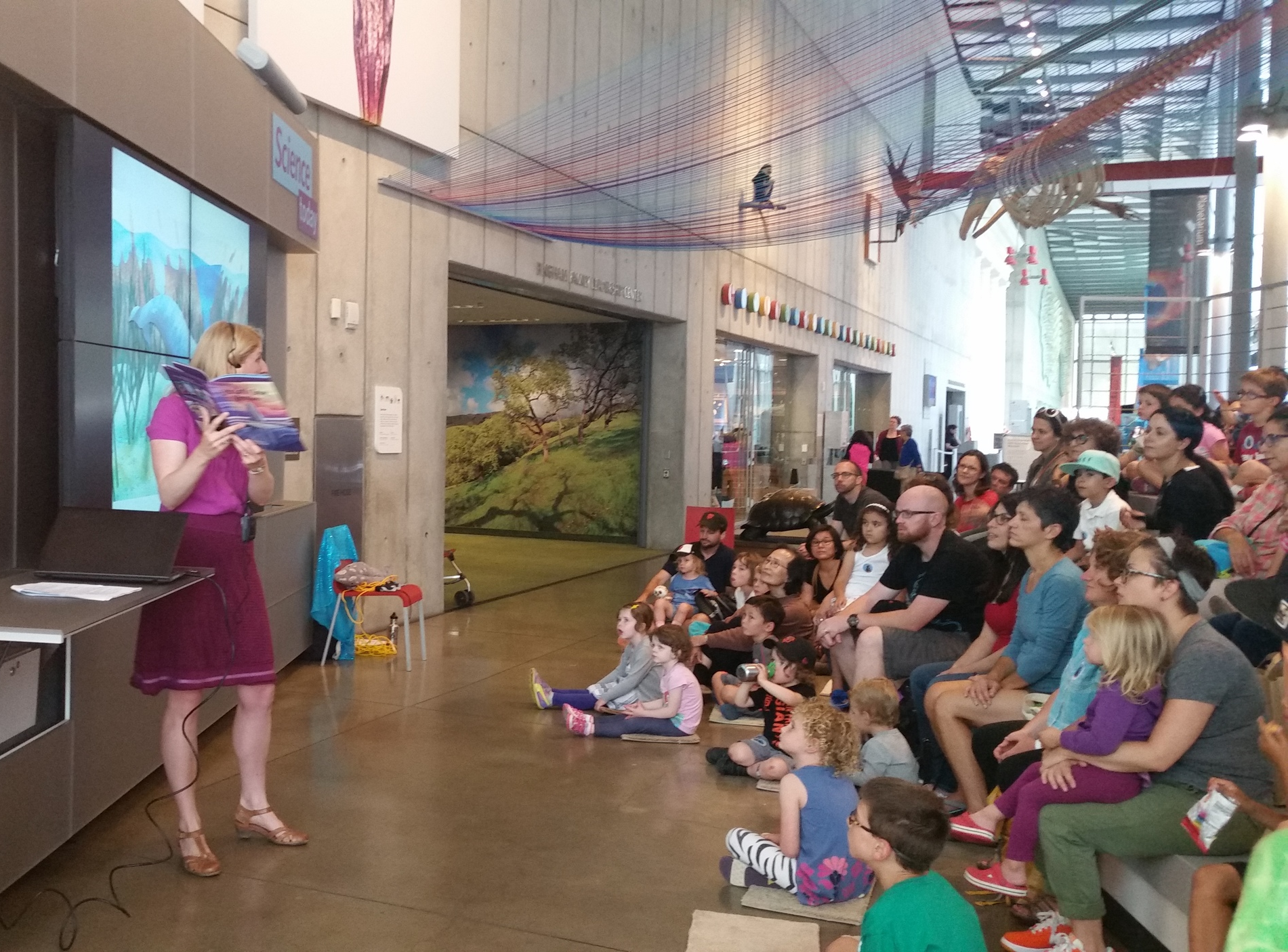 Marta Lindsey presents at California Academy of Sciences