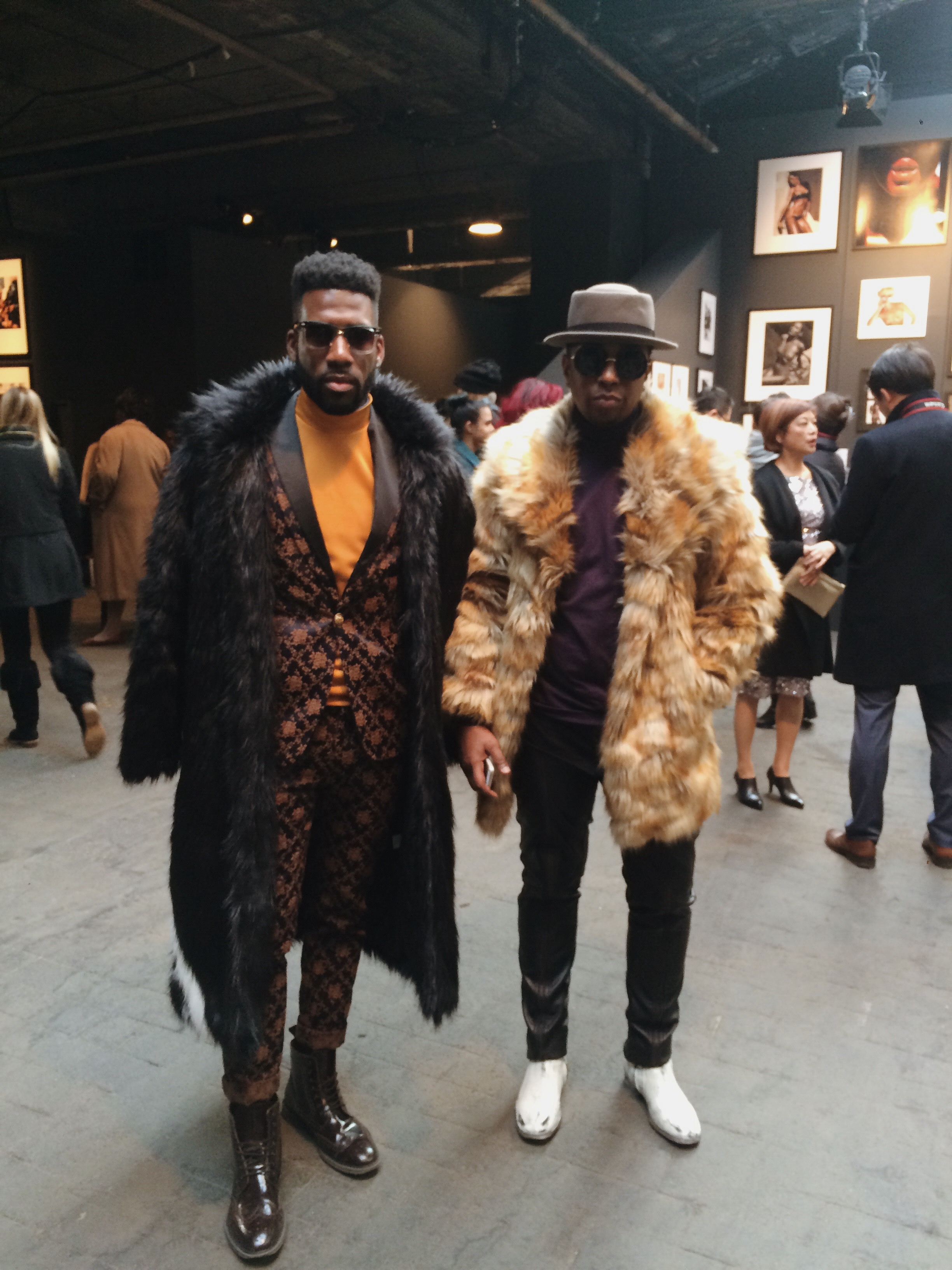 Crowd SWAG at Concept Korea FW16. I told you it was serious.