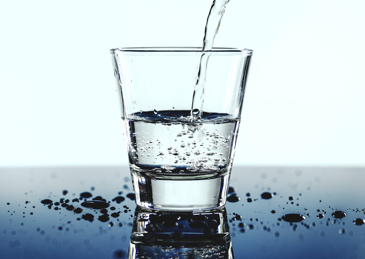 Water Water Everywhere But How Much To Drink Nephjc
