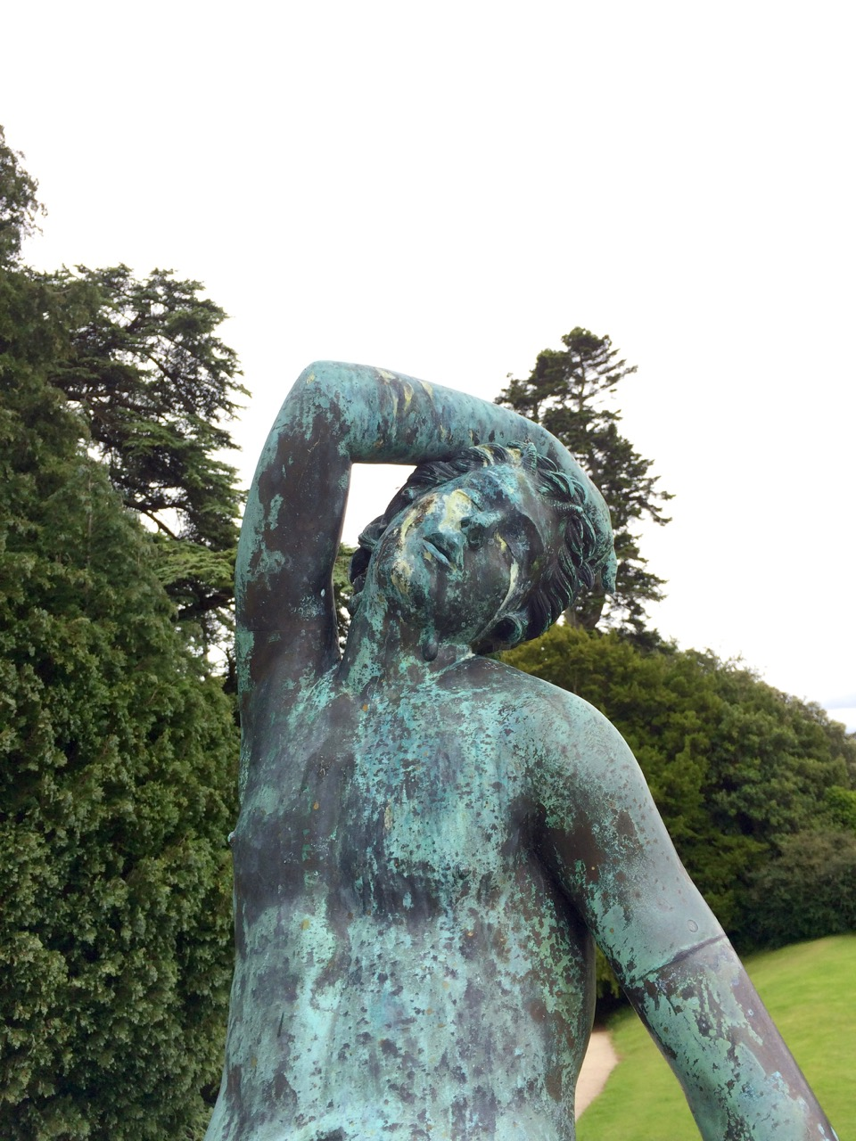 powerscourt_statue