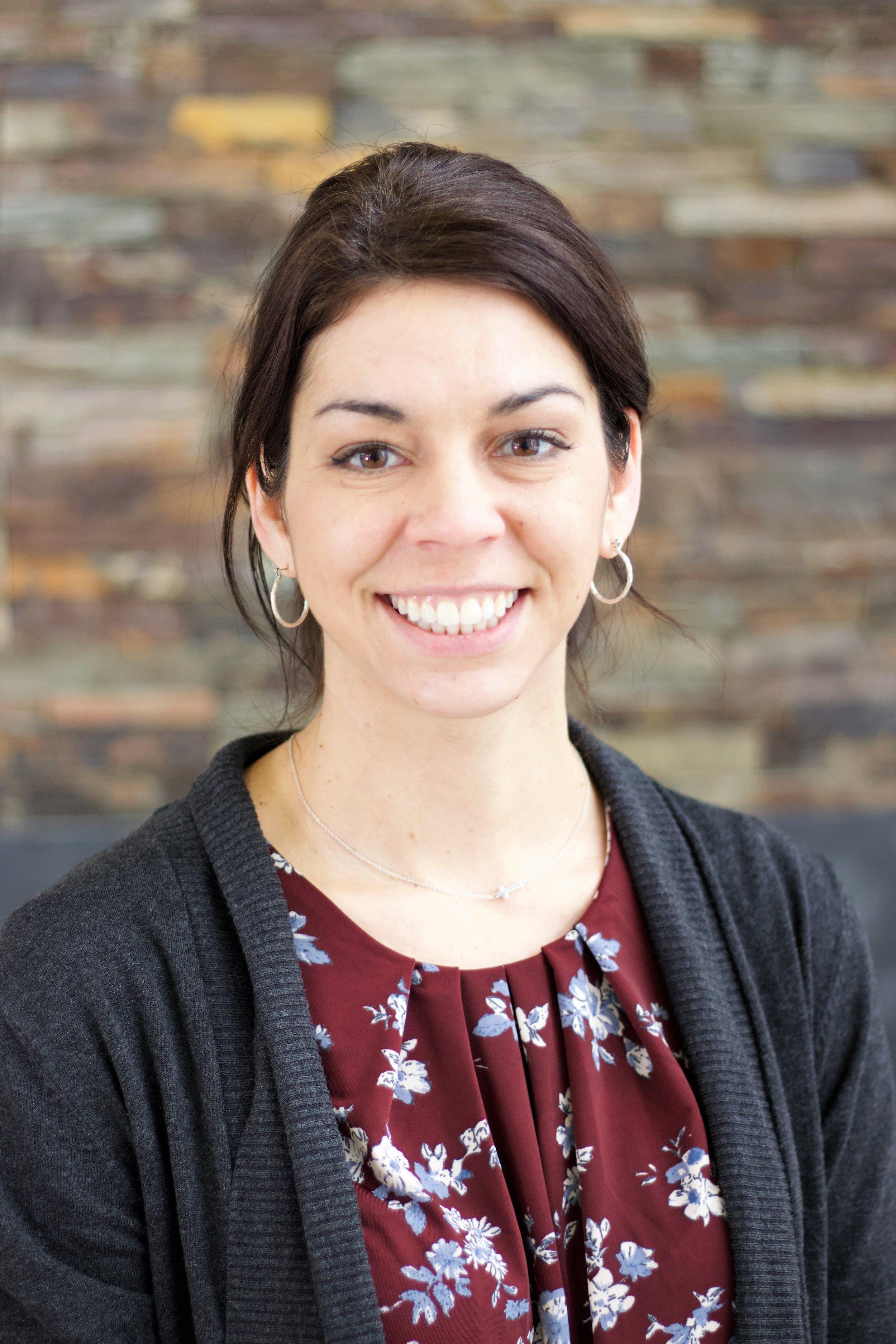 Mrs. Elizabeth Matthews - Educational Assistant, Grade 1/2
