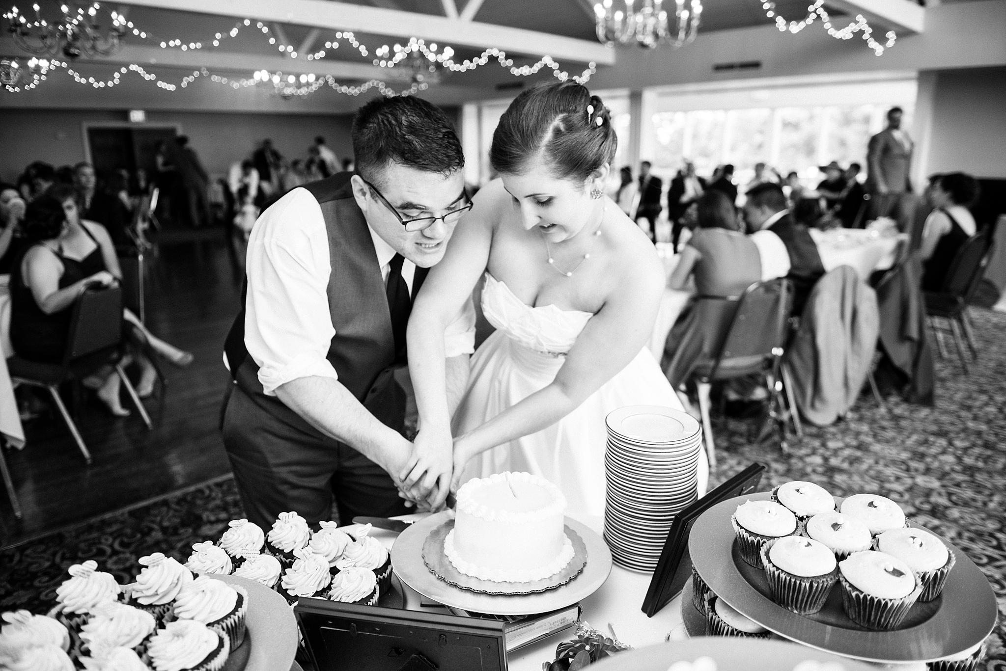 Fredericksburg Country Club Wedding Virginia Rachel Rossetti Photography_0222.jpg